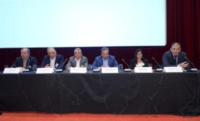 Το πάνελ με θέμα: ''Ελληνικές επιχειρήσεις και Connected Cars, ευκαιρίες και προοπτικές'', που συντόνισε ο Νίκος Μερτέκης