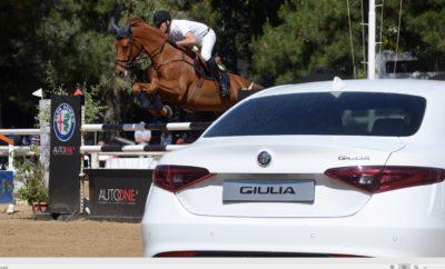 Τα καθαρόαιμα ιταλικά άλογα των μοντέλων της ALFA ROMEO έλαμψαν στον Ελληνικό Ιππικό Όμιλο στον Παράδεισο Αμαρουσίου όπου το Σαββατοκύριακο που μόλις πέρασε πραγματοποιήθηκε ο αγώνας ιππασίας «ΕΙΟ & Κοινωνία», με Μεγάλο Χορηγό την AUTOONE, εταιρεία μέλος του Ομίλου Συγγελίδη και επίσημο διανομέα της FCA Greece.
