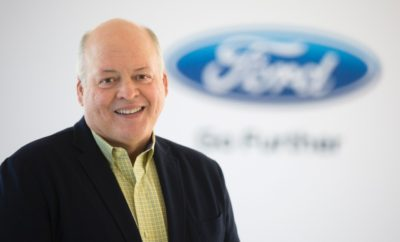 Ο Jim Hackett Διορίστηκε νέος CEO της Ford με Σκοπό την Ενίσχυση των Δραστηριοτήτων και Μελλοντική Μεταμόρφωση της Εταιρείας, Νέοι Ρόλοι για τους Farley, Hinrichs, Klevorn • Ο Jim Hackett είναι ο νέος president & CEO της Ford Motor Company, διαδεχόμενος τον Mark Fields, ο οποίος αποχωρεί από την ενεργό δράση. Ο Hackett θα αναφέρεται στον Bill Ford (Executive Chairman) και θα ηγηθεί της μεταμόρφωσης της εταιρείας • Ο Hackett οδήγησε την Steelcase Inc. στην ανάκαμψη και στη συνέχεια την ανέδειξε σε Νο1 κατασκευαστή επίπλων γραφείου παγκοσμίως, διετέλεσε προσωρινός Athletic Director στο Πανεπιστήμιο του Michigan και βρίσκεται στο τιμόνι του Ford Smart Mobility LLC από το Μάρτιο του 2016. Υπήρξε μέλος Δ.Σ. της Ford από το 2013 έως το 2016 • Ο Hackett, μαζί με τον Bill Ford, θα εστιάσουν σε τρεις προτεραιότητες: Ενίσχυση της λειτουργικής απόδοσης, εκσυγχρονισμός της σημερινής επιχείρησης της Ford και μεταμόρφωση της εταιρείας εν όψει των προκλήσεων του μέλλοντος • Η Ford ανέθεσε επίσης τρεις νέους διοικητικούς ρόλους υπό τον Hackett. Ο Jim Farley διορίζεται executive vice president & president, Global Markets, ο Joe Hinrichs αντίστοιχα executive vice president & president, Global Operations, και η Marcy Klevorn executive vice president & president, Mobility • Ο Mark Truby διορίζεται vice president, Communications, και εκλέγεται αξιωματούχος της εταιρείας. Διαδέχεται τον Ray Day, ο οποίος σχεδιάζει να αποχωρήσει από τον εταιρεία του χρόνου και μέχρι τότε θα παρέχει συμβουλευτικές υπηρεσίες • Ο Paul Ballew διορίζεται vice president και Chief Data & Analytics Officer Η Ford Motor Company ανακοίνωσε ο Jim Hackett αναλαμβάνει το αξίωμα του president & CEO. Επίσης εξήγγειλε σημαντικές παγκόσμιες οργανωτικές αλλαγές με σκοπό την ενίσχυση της βασικής αυτοκινητιστικής δραστηριότητας της εταιρείας και την επιτάχυνση μιας στρατηγικής αλλαγής για αξιοποίηση των αναδυόμενων ευκαιριών. Ο Hackett, 62 ετών, έχει μακρά ιστορία καινοτομιών και επιχειρηματικών επιτυχιών ως CEO της Steelcas