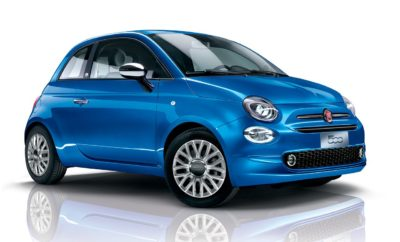 Το Fiat 500 προσφέρει μοναδικά δώρα για να γιορτάσει τα 60ά γενέθλιά του Έχουν περάσει 60 χρόνια από την κυκλοφορία του πρώτου θρυλικού Fiat 500 στους Ιταλικούς δρόμους, πορεία που επηρέασε με τον πιο ξεκάθαρο τρόπο την φιλοσοφία σχεδιασμού των αυτοκινήτων πόλης (και όχι μόνο) της σύγχρονης παγκόσμιας βιομηχανίας. Σε όλη τη διάρκεια της ιστορίας του Fiat 500, έχουν κυκλοφορήσει αρκετές ειδικές εκδόσεις που αποδεικνύουν τη μοναδική ικανότητα του μοντέλου να συνδυάζει το στυλ και τη μόδα με την ουσία και την τεχνολογία. Αυτό είναι και το μυστικό της νιότης του Fiat 500, να κυκλοφορεί σε ειδικές αποκλειστικές εκδόσεις και να αλλάζει εμφάνιση ανάλογα με τις περιστάσεις. Έτσι για να γιορτάσει την επέτειο των 60ών γενεθλίων του, το Fiat 500 κυκλοφορεί στην Ελληνική αγορά με την πλούσια έκδοση Mirror. Πρόκειται για μια έκδοση αποκλειστικά σε μεταλλικό χρώμα μπλε Italia και περιλαμβάνει στον βασικό εξοπλισμό σύστημα U-Connect με έγχρωμη οθόνη αφής 7'', USB, Bluetooth, Live Services, ζάντες αλουμινίου 15'', προβολείς ομίχλης, επιχρωμιωμένους εξωτερικούς καθρέφτες κ.α. Ήταν 4 Ιουλίου 1957 όταν λανσαρίστηκε στο Τορίνο το Fiat 500, ένα πραγματικό έμβλημα της μαζικής παραγωγής, το οποίο μπορούσε να αποκτήσει εύκολα η αστική τάξη. Πάνω σε αυτή τη βάση, το ανανεωμένο Fiat 500 κυκλοφόρησε ξανά το 2007, γνωρίζοντας καθολική επιτυχία, καθώς μέχρι το 2015 είχε πουλήσει 2 εκατομμύρια μονάδες. Έχοντας έναν επιπλέον λόγο για τον εορτασμό της εμπορικής επιτυχίας του Fiat 500, η FCA Greece πραγματοποιεί ειδικό διαγωνισμό για τριήμερο ταξίδι στη Σαντορίνη και μετακίνηση με ένα Fiat 500. Οι ενδιαφερόμενοι μπορούν να λάβουν περισσότερες πληροφορίες για τον διαγωνισμό στο εξουσιοδοτημένο δίκτυο διανομέων της Fiat. Τα δώρα όμως δεν σταματούν εδώ. Όσοι ενδιαφέρονται για μοναδικές προσφορές, τώρα με την περίσταση των 60 χρόνων έχουν την καταλληλότερη ευκαιρία. Στο εξουσιοδοτημένο δίκτυο διανομέων της Fiat, οι υποψήφιοι πελάτες μπορούν να βρουν μοναδικές προσφορές σε ετοιμοπαράδοτα αυτοκίνητα που 