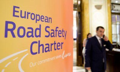 Η Ευρωπαϊκή Επιτροπή απένειμε τα Βραβεία Αριστείας στην Οδική Ασφάλεια 2017 (Excellence in Road Safety Awards 2017) σε πέντε νικητές σε τελετή που έλαβε χώρα στις 26 Ιουνίου 2017 στο Βουκουρέστι της Ρουμανίας. Η διάκριση αυτή αναγνωρίζει τη δέσμευση που επιδεικνύουν φορείς στην Οδική Ασφάλεια και η οποία συνέβαλλε σημαντικά στην προστασία της ζωής στους δρόμους της Ευρώπης. Τις πέντε διακρίσεις απέσπασαν οι εξής φορείς: • Όμιλος Εταιριών Ηρακλής, μέλος της LafargeHolcim (Ελλάδα) • Ville de Martigues (Γαλλία) • CTT Correios de Portugal • Romanian Automobile Club (Ρουμανία) • Motorförarnas Helnykterhetsförbund (Σουηδία). Κατά τη διάρκεια της τελετής, το ειδικό βραβείο «Jacques Barrot», αφιερωμένο στον πρώην Επίτροπο Μεταφορών και ένθερμο υπέρμαχο της Οδικής Ασφάλειας στην Ευρώπη, απονεμήθηκε από το κοινό στην Αυτοκινητιστική Λέσχη Ρουμανίας (Romanian Automobile Club). Η Ευρωπαία Επίτροπος για την Κινητικότητα και τις Μεταφορές, Violeta Bulc, ανέφερε: «Η Οδική Ασφάλεια μπορεί να αποτελεί τον κοινό μας στόχο, ωστόσο οι εθνικοί και τοπικοί παράγοντες είναι οι πλέον κατάλληλοι να σχεδιάσουν λύσεις που να ανταποκρίνονται στις εθνικές και τοπικές προκλήσεις σε θέματα Οδικής Ασφάλειας, μέσω καινοτόμων μέτρων, αυστηροποίησης των δράσεων ενάντια στους επικίνδυνους οδηγούς και της καλύτερης εκπαίδευσης και ευαισθητοποίησης. Το βραβείο Αριστείας στην Οδική Ασφάλεια αποτελεί μία μοναδική ευκαιρία να επιβραβευτεί η καλύτερη πρακτική, να αναγνωριστεί η σκληρή δουλειά που κάνετε όλοι σας καθημερινά και να γίνει αυτή η εξαιρετική προσπάθεια ακόμα πιο γνωστή στην Ευρώπη και εκτός αυτής». Τα βραβεία αποτελούν μέρος της Ευρωπαϊκής Χάρτας για την Οδική Ασφάλεια, μια πρωτοβουλία που ξεκίνησε η Κομισιόν το 2004 και αποτελεί τη μεγαλύτερη πλατφόρμα της κοινωνίας των πολιτών για την Οδική Ασφάλεια στην Ευρώπη. Σήμερα, περιλαμβάνει περισσότερους από 3.400 υπογράφοντες, στη μεγάλη πλειοψηφία τους με συγκεκριμένα σχέδια δράσης για την Οδική Ασφάλεια. Το Ι.Ο.ΑΣ. «Πάνος Μυλωνάς» από τα τέλη του 2