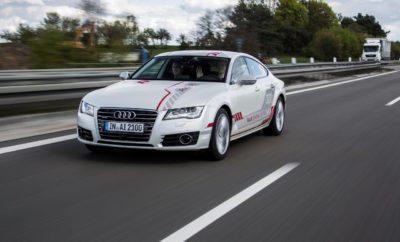 Mια ματιά στο μέλλον: Πελάτες Audi αποκτούν την εμπειρία της αυτόνομης οδήγησης στον αυτοκινητόδρομο Α9» Αυτόνομη οδήγηση στον αυτοκινητόδρομο - Η Audi ήδη εξασφαλίζει στο κοινό μια επαφή με την κινητικότητα του μέλλοντος. Με διαδρομές επίδειξης με ένα αυτόνομο πρωτότυπο Α7 επιλεγμένοι πελάτες και οπαδοί της μάρκας αποκτούν την εμπειρία της αυτόνομης οδήγησης στον αυτοκινητόδρομο Α9, βόρεια του Μονάχου. Τα ταξίδια των πελατών με το αυτόνομο πρωτότυπο Audi A7, που αποκαλείται χαϊδευτικά «Jack», ξεκινούν στο myAudi Sphere στο αεροδρόμιο του Μονάχου. Η διαδρομή ακολουθεί τον Α9 -που αποτελεί τμήμα του Πεδίου Δοκιμών Ψηφιακών Αυτοκινητόδρομων. Με μια κανονική ροή κυκλοφορίας το ταξίδι της αυτόνομης οδήγησης διαρκεί περίπου 60 λεπτά, ενώ ένας ειδικός της Audi είναι πάντα μαζί με τους επιβάτες στο αυτοκίνητο. Μετά την ολοκλήρωση του ταξιδιού οι μετέχοντες ερωτώνται για την εμπειρία τους, ενώ οι εντυπώσεις τους αξιοποιούνται για την ανάπτυξη των μελλοντικών λειτουργιών της αυτόνομης οδήγησης. Η δυνατότητα να μετακινηθεί κανείς με τον «Jack» έχει ξεκινήσει από τις 20 Ιουλίου και θα διαρκέσει όλο τον Αύγουστο. Οι εν δυνάμει συμμετέχοντες στη δοκιμαστική οδήγηση προκύπτουν μέσα από διάφορα κανάλια επικονωνίας, συμπεριλαμβανομένων και των sites των μέσων κοινωνικής δικτύωσης (social media) της Audi Γερμανίας. Παράλληλα η Audi Business Innovation GmbH έχει στη διάθεσή τις θέσεις για τους χρήστες της premium υπηρεσίας κινητικότητας της Audi on demand, ενώ όσοι μετέχουν στο πρόγραμμα «Miles and More» μπορούν να ανταλλάξουν μίλια που έχουν συλλέξει με μια βόλτα με τον «Jack». Η Audi έχει ήδη χρησιμοποιήσει το αυτόνομο πρωτότυπο Α7 σε τρεις ηπείρους, αρχής γενομένης από το 2015. Στον Α9 μπορεί να αναπτύξει ταχύτητες έως και 130 χλμ./ ώρα, ενώ επιταχύνει, επιβραδύνει και αλλάζει λωρίδες προβλέψιμα και ομαλά, σε συνεργασία με τα άλλα αυτοκίνητα που βρίσκονται σε κυκλοφορία. Οι εμπειρίες από τη δοκιμαστική οδήγηση με τον «Jack» αξιοποιούνται στην εξέλιξη της αυτόνομης οδήγησης. Το hig
