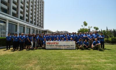 """Η Πέτρος Πετρόπουλος ΑΕΒΕ είχε την τιμή και τη χαρά να φιλοξενήσει στην Αθήνα τις εργασίες του Πανευρωπαϊκού Συνεδρίου After Sales της ISUZU. Από τις 12/7 ως τις 14/7, πάνω από 80 στελέχη της ISUZU, από 28 χώρες συγκεντρώθηκαν στην Αθήνα για να ενημερωθούν γύρω από τις τεχνολογικές εξελίξεις και τις νέες πολιτικές που αφορούν τα προϊόντα του μεγαλύτερου κατασκευαστή κινητήρων diesel στον κόσμο! Μεταξύ των ομιλητών ήταν και ο Διευθυντής της Επιχειρηματικής Μονάδας ISUZU, κ. Γιάννης Ζαμπέλης που παρουσίασε τις δράσεις της εταιρείας στις χώρες αντιπροσώπευσης, δηλαδή Ελλάδα & Βουλγαρία. Η ISUZU, συνώνυμο της ΑΞΙΟΠΙΣΤΙΑΣ στα 101 χρόνια ζωής της, επενδύει όλο και περισσότερο στο After Sales, την παροχή ολοκληρωμένων και υψηλής ποιότητας υπηρεσιών μετά την πώληση, για να διατηρήσει ευχαριστημένους τους πελάτες της σε όλη την Ευρώπη. Η διοργάνωση του συνεδρίου σχεδιάστηκε από τα στελέχη της ISUZU / ΠΕΤΡΟΣ ΠΕΤΡΟΠΟΥΛΟΣ ΑΕΒΕ, που με ιστορία 95 ετών, κατάφερε να πραγματοποιήσει το συνέδριο με απόλυτη επιτυχία, και να δώσει και μια γεύση από την ιστορία της Ελλάδας, και τα πολιτιστικά δρώμενα της σύγχρονης Αθήνας. Η επιλογή της Αθήνας για την πραγματοποίηση του συνεδρίου και η ανάθεση της διοργάνωσης του στην Ελληνική αντιπροσωπεία, αποτελεί αναγνώριση της σκληρής δουλειάς για την αναβάθμιση του επιπέδου υπηρεσιών που γίνετε μεθοδικά τα τελευταία χρόνια. Η ISUZU αποδεικνύει την ισχυρή παρουσία της στην ευρωπαϊκή & ελληνική αγορά και η Ελλάδα επιστρέφει στον """"χάρτη"""" των σημαντικών επιχειρηματικών meeting points!"""
