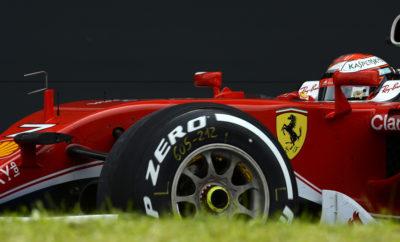 """Στο Βρετανικό Grand Prix, που μας φέρνει στο μέσο της σεζόν θα χρησιμοποιηθούν οι τρεις μεσαίες γόμες της γκάμας: P Zero λευκή/μέση, P Zero κίτρινη/μαλακή και P Zero κόκκινη/πολύ μαλακή γόμα: Μια αλλαγή σε σχέση με την κλασσική επιλογή σκληρής/μέσης/μαλακής γόμας για τη συγκεκριμένη πίστα. Η αλλαγή αυτή κατέστη εφικτή μετά τις πληροφορίες που συγκεντρώσαμε στους προηγούμενους αγώνες. Θα είναι η πρώτη φορά που θα χρησιμοποιηθεί στο Βρετανικό Grand Prix η πολύ μαλακή γόμα. Το Σίλβερστον φημίζεται για τις μεγάλες απαιτήσεις του από τα ελαστικά. Αυτές προέρχονται από την τραχιά επιφάνεια και τις πολλές στροφές υψηλών ταχυτήτων στις οποίες μεταφέρονται υψηλά ποσά ενέργειας διαμέσου των ελαστικών. Είναι ο εντός έδρας αγώνα για πολλές από τις ομάδες. Το Σίλβερστον έχει πάντοτε μοναδική ατμόσφαιρα χάρη στο παθιασμένο και καλά ενημερωμένο Βρετανικό κοινό. ΟΙ ΤΡΕΙΣ ΕΠΙΛΕΓΜΕΝΕΣ ΓΟΜΕΣ Η ΠΙΣΤΑ ΥΠΟ ΤΟ ΠΡΙΣΜΑ ΤΩΝ ΕΛΑΣΤΙΚΩΝ • Στο Σίλβερστον καθοριστικό ρόλο παίζουν τα πλευρικά φορτία που ασκούνται στις γρήγορες καμπές όπως η Becketts. • Καθώς έχουμε κάνει την πιο μαλακή επιλογή ελαστικών στην ιστορία του αγώνα είναι πολύ πιθανό να δούμε πάνω από μια αλλαγή ελαστικών. • Ο Βρετανικός καιρός φημίζεται για την αστάθειά του: Είναι πιθανό να δούμε από λιακάδα μέχρι βροχή. • Η τραχιά επιφάνεια προσφέρει υψηλά επίπεδα πρόσφυσης, αυτό πιέζει ακόμη περισσότερο τα ελαστικά. • Οι ευθείες είναι σχετικά μικρές οπότε αεροδυναμικά τα μονοθέσια έχουν μεγάλες κλίσεις στις αεροτομές. • Η πίστα χρησιμοποιείται συνεχώς οπότε η αγωνιστική γραμμή στρώνεται αμέσως με γόμα. • Είναι ένας εύκολος αγώνα για μας καθώς η έδρας μας για το μηχανοκίνητο αθλητισμό (Didcot) απέχει μόλις 30 λεπτά. MARIO ISOLA – ΕΠΙΚΕΦΑΛΗΣ ΑΓΩΝΩΝ ΑΥΤΟΚΙΝΗΤΟΥ """"Η απόφαση να φέρουμε πιο μαλακά ελαστικά στο Σίλβερστον απ' ότι είχαμε αρχικώς σχεδιάσει ελήφθη από την Pirelli κατόπιν ομόφωνης συναίνεσης μεταξύ των οδηγών της FIA, των ομάδων και των οργανωτών που εκτίμησαν την προσπάθειά μας να δώσουμε έναν πιο επιθετικό συνδυασμό. Αυτός λογι"""