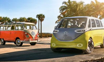 """Ειλημμένη απόφαση για την κατασκευή ενός ηλεκτρικού VW Μicrobus που θα βασίζεται στο μοναδικό σχεδιασμό του I.D. BUZZ concept» • H κανονική παραγωγή του νέου μοντέλου ανακοινώθηκε πριν το Concours d' Elegance στο Pebble Beach της Καλιφόρνια • Η κατασκευή του νέου ηλεκτρικού βαν σηματοδοτεί ένα νέο κεφάλαιο στην επιτυχημένη 70ετή ιστορία του VW Microbus • Ο CEO της Volkswagen Herbert Diess είπε χαρακτηριστικά: «Το συγκεκριμένο αυτοκίνητο συνδέει το παρελθόν με το μέλλον και το Pebble Beach με τη Silicon Valley». Το πρωτότυπο I.D. BUZZ concept της Volkswagen θα εξελιχθεί και άλλο στα πλαίσια της προετοιμασίας για την παρουσίασή του ως μοντέλο παραγωγής. Οι Προέδροι των Διοικητικών Συμβουλίων των Volkswagen και Volkswagen Commercial Vehicles Dr Herbert Diess και Dr Eckhard Scholz αντίστοιχα, ανακοίνωσαν την απόφαση της παραγωγής του στο Concours d' Elegance στο Pebble Beach της Καλιφόρνια, μια μοναδική εκδήλωση τόσο για ιδιαίτερα ιστορικά αυτοκίνητα όσο και για καινούργια πρωτότυπα. «Πρόκειται για το πλέον κατάλληλο μέρος για το I.D. BUZZ Concept», εξηγεί ο Diess και συνεχίζει: «Το αυτοκίνητο είναι ένα σημαντικός πυλώνας στην πρωτοβουλία της Volkswagen για την ηλεκτροκίνηση και μεταφέρει την αίσθηση μετακίνησης με ένα Microbus στο μέλλον». Στο πλαίσιο των μελλοντικών προγραμμάτων εξέλιξής της η Volkswagen όρισε και μια ημερομηνία επίσημης παρουσίασης του I.D. BUZZ, το οποίο θα αφιχθεί στους κατά τόπους αντιπροσώπους της μάρκας μετά το τετράθυρο μικρο-μεσαίο μοντέλο I.D. το 2022. Η Volkswagen στοχεύει, τόσο με το I.D. BUZZ όσο και γενικά με όλη τη γκάμα I.D., στις αγορές της Βόρειας Αμερικής, της Ευρώπης και της Κίνας. «Μετά την παρουσίαση στις Διεθνείς Εκθέσεις στο Ντιτρόιτ και τη Γενεύη λάβαμε έναν ιδιαίτερα μεγάλο αριθμό γραμμάτων και emails από πελάτες οι οποίοι μας έλεγαν """"παρακαλούμε κατασκευάστε αυτό το αυτοκίνητο""""», ανέφερε χαρακτηριστικά ο CEO της Volkswagen Herbert Diess στο Pebble Beach. Έτσι λοιπόν κάθε άλλο παρά σύμπτωση είναι που το Διοικητικό Συμβούλιο επ"""