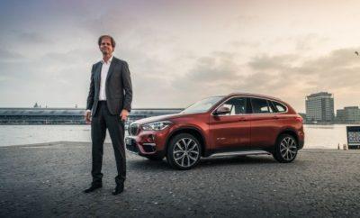 Μία πρωτοποριακή τεχνολογία μπαταριών, προϊόν Ολλανδικής startup, που υπόσχεται σημαντική αύξηση της αυτονομίας ηλεκτρικών οχημάτων και αξιοσημείωτες μειώσεις κόστους, αναδείχτηκε ο μεγάλος νικητής ενός διαγωνισμού με θέμα τις καινοτόμες επιχειρηματικές ιδέες που θα διαμορφώσουν το μέλλον της παγκόσμιας μετακίνησης και της ζωής στην πόλη. Ένα ανόδιο από καθαρή σιλικόνη για χρήση σε κυψέλες μπαταριών ιόντων λιθίου ήταν η καινοτόμα πρόταση που αναδείχτηκε 1η μεταξύ των δέκα φιναλίστ του BMW Startup Challenge. Μία κριτική επιτροπή υψηλού προφίλ από κορυφαία ονόματα του χώρου της νεοφυούς επιχειρηματικότητας επέλεξε την πρόταση της LeydenJar Technologies BV ως την καλύτερη στον τελικό γύρο αξιολόγησης, κατά τη διάρκεια του 'Startup Symposium', μιας αποκλειστικής εκδήλωσης που διοργάνωσε το BMW Group στο Άμστερνταμ. «Τα κριτήρια επιλογής μας βασίστηκαν σε ερωτήματα όπως: το επίπεδο πόνου που προκαλεί το πρόβλημα σε χρήστες ή στην αγορά, την αποτελεσματικότητα επίλυσης του προβλήματος για τη BMW και τη διαφορετικότητα σε σχέση με τις ήδη υπάρχουσες λύσεις», εξηγεί ο Menno Kleingeld, Διευθύνων Σύμβουλος της VDL Enabling Transport Solutions. Το ανόδιο μπαταρίας από σιλικόνη της LeydenJar εκτιμάται ότι έχει δεκαπλάσια χωρητικότητα σε σχέση με τα ανόδια από γραφίτη, κάτι που μεταφράζεται σε αύξηση της ενεργειακής πυκνότητας της μπαταρίας ενός ηλεκτρικού οχήματος έως 50%. Η τεχνολογία προσφέρει σημαντική αύξηση αυτονομίας των οχημάτων που λειτουργούν με μπαταρία και αισθητή μείωση του κόστους / χιλιόμετρο. Η τεχνολογία λέγεται ότι είναι κλιμακούμενη και μπορεί να ενταχθεί στην υπάρχουσα διαδικασία παραγωγής μπαταριών. Τον Christian Rood, Συνιδρυτή της LeydenJar Technologies, συνεχάρη ο Peter Schwarzenbauer, Μέλος Δ.Σ. των BMW AG, MINI, Rolls-Royce, BMW Motorrad, στους τομείς Customer Engagement (Εμπλοκή Πελατών) και Digital Business Innovation (Ψηφιακή Επιχειρηματική Καινοτομία), κατά τη διάρκεια του BMW Group Symposium και της παραλαβής του μεγάλου βραβείου: Μία νέα, BMW X1, 
