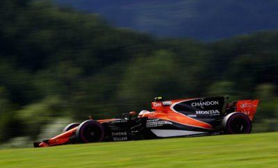 McLaren και Honda διακόπτουν τη συνεργασία τους στη F1 Τόκυο, Ιαπωνία, 15 Σεπτεμβρίου 2017 – Η Honda και η McLaren ανακοίνωσαν την απόφασή τους να διακόψουν τη συνεργασία τους στο Παγκόσμιο πρωτάθλημα Formula One (F1) της FIA* στο τέλος της αγωνιστικής περιόδου του 2017. Η συνεργασία ξεκίνησε το 2015 με την επιστροφή της ομάδας στους αγώνες F1, η οποία θα συνεχίζει να αγωνίζεται στους αγώνες που απομένουν μέχρι το τέλος της χρονιάς 2017.  Takahiro Hachigo, Πρόεδρος & Διοικητικός Εκπρόσωπος της Honda Motor Co., Ltd. «Είναι ατυχές το γεγονός ότι πρέπει να χωρίσουμε τους δρόμους μας με τη McLaren προτού εκπληρώσουμε τις φιλοδοξίες μας, ωστόσο, καταλήξαμε στη συγκεκριμένη απόφαση με την πεποίθηση ότι αυτή ήταν η καλύτερη κίνηση για το μέλλον και των δύο εταιριών. Ως εκπρόσωπος της Honda, θα ήθελα να εκφράσω την ειλικρινή ευγνωμοσύνη μου στους θεατές, οι οποίοι μας στήριξαν ιδιαίτερα, αλλά και στους οδηγούς, στα μέλη της ομάδας και σε όλους όσους συμμετείχαν σ' αυτή, και μοιράστηκαν μαζί μας τις χαρές και τις απογοητεύσεις από την ημέρα που ξεκινήσαμε να ετοιμάζουμε την επιστροφή μας στην F1 το 2015. Η Honda θα συνεχίσει να δίνει μάχες μαζί με τη McLaren μέχρι το τέλος της αγωνιστικής περιόδου του 2017, όπως επίσης θα εξακολουθήσει τις αγωνιστικές της δραστηριότητες στην F1 το 2018 και πέραν αυτού».  Shaikh Mohammed bin Essa Al Khalifa, Εκτελεστικός Πρόεδρος και Επικεφαλής Εκτελεστικής Επιτροπής του Ομίλου McLaren «Η Honda είναι μία μεγάλη εταιρία, η οποία, όπως και η McLaren, βρίσκεται στη Formula 1 με στόχο τη νίκη. Παρότι η συνεργασία μας δεν είχε την επιθυμητή επιτυχία, δε υποβαθμίζει τη μεγάλη ιστορία που έχουν μοιραστεί οι δύο εταιρίες, ούτε και τις συνεχείς προσπάθειές μας να πετύχουμε στη Formula 1. Σ' αυτή τη χρονική στιγμή, είναι προς το συμφέρον και των δύο εταιριών να κυνηγήσουμε τις αγωνιστικές μας φιλοδοξίες ξεχωριστά».  Zak Brown, Εκτελεστικός Διευθυντής, McLaren Technology Group «Δεν τέθηκε ποτέ υπό αμφισβήτηση η αφοσίωση ή η προσπάθεια της Honda στην απο