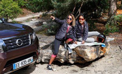 """Το Nissan ΝAVARA καθ' οδόν για την Αμερική, με 2.000 """"έξυπνα και σκληρά"""" χιλιόμετρα μόνο για γυναίκες… Το βραβευμένο Nissan NAVARA καλείται να αποδείξει για μια ακόμα φορά τις κορυφαίες δυνατότητές του σε ένα διατλαντικό ταξίδι, με πολλά και εξαντλητικά χιλιόμετρα. Το σκληροτράχηλο NAVARA, κάτοχος του πολυπόθητου βραβείου του Διεθνούς Pickup, συμμετέχει στο Rebelle Rally, έναν ετήσιο εβδομαδιαίο αγώνα , που περιλαμβάνει 2.000 χιλιόμετρα συναρπαστικής οδήγησης και πλοήγησης μέσω των εκπληκτικών ερήμων της Καλιφόρνια και της Νεβάδα των ΗΠΑ. Σχεδιασμένος για οχήματα παραγωγής και όχι για επαγγελματίες αγώνων ράλι, o συγκεκριμένος αγώνας είναι ανοικτός αποκλειστικά για ομάδες γυναικών και προσελκύει συμμετοχές από όλο τον κόσμο. Περιλαμβάνει οδήγηση εκτός δρόμου σε μεγάλες αποστάσεις, όπως και πλοήγηση με παραδοσιακούς τρόπους, με χρήση τοπογραφικών χαρτών και πυξίδων, προκειμένου το πλήρωμα να ανακαλύψει τα κρυφά σημεία ελέγχου. Οι συσκευές GPS, συμπεριλαμβανομένων των smartphones, απαγορεύονται αυστηρά και τα χρονικά όρια υποχρεώνουν τους συμμετέχοντες να λαμβάνουν γρήγορα αποφάσεις. Το Rebelle Rally διεξάγεται από τις 12 έως τις 21 Οκτωβρίου και η διαδρομή κάθε ημέρας παραμένει μυστική μέχρι λίγες ώρες πριν από την έναρξή του. Διανύοντας το δεύτερο έτος του συγκεκριμένου θεσμού, 40 ομάδες που εκπροσωπούν 12 χώρες θα συμμετέχουν με οχήματα από διάφορους κατασκευαστές. Ως πλήρωμα με το NAVARA, συμμετέχουν δύο εργαζόμενες στη Nissan Γαλλίας. Η Karen Rayrolles και η Florence Pham εργάζονται στα τμήματα Επικοινωνίας και Μάρκετινγκ αντίστοιχα και προσβλέπουν σε μια μοναδική πρόκληση. Στη διάθεσή τους, θα έχουν ένα NAVARA Double Cab και ανταγωνίζονται για το βραβείο Bone Stock. Αυτή η κατηγορία είναι ανοικτή σε ομάδες που χρησιμοποιούν κανονικά οχήματα παραγωγής, με μόνη τροποποίηση το σετ ελαστικών εκτός δρόμου. Video με το πλήρωμα και το NAVARA του Rebelle Rally μπορείτε να δείτε στο https://youtu.be/2K1hCxQFY_w"""