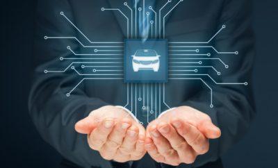 Παρουσίαση Ευρωβαρομέτρου Υπεύθυνης Οδήγησης 2017» H Εthos Events σε συνεργασία με το Ινστιτούτο Οδικής Ασφάλειας «Πάνος Μυλωνάς» και το οικονομικό και επενδυτικό περιοδικό ΧΡΗΜΑ, και υπό την αιγίδα του Συνδέσμου Εισαγωγέων Αντιπροσώπων Αυτοκινήτων & Δικύκλων διοργανώνουν το FONDATION VINCI AUTOROUTES - Auto Forum 2017 (#auf17 - http:/www.auto.ethosevents.eu/) με τίτλο: «Η τεχνολογία στην υπηρεσία της οδικής ασφάλειας». Το συνέδριο θα πραγματοποιηθεί στις 2 Νοεμβρίου 2017 στο Divani Apollon Palace & Thalasso. Στα πλαίσια του συνεδρίου, το Ίδρυμα για την Υπεύθυνη Οδήγηση FONDATION VINCI AUTOROUTES θα παρουσιάσει τα αποτελέσματα του «Ευρωβαρομέτρου Υπεύθυνης Οδήγησης 2017», έτσι όπως προέκυψαν από την έρευνα του Ινστιτούτου Ipsos σε 11 ευρωπαϊκές χώρες. Στο FONDATION VINCI AUTOROUTES - Auto Forum 2017 θα παρουσιαστούν οι διεθνείς τάσεις στην οδική ασφάλεια και οι τεχνολογικές εξελίξεις . Το συνέδριο φιλοδοξεί ν' αναδείξει όλα όσα συμβαίνουν σήμερα αλλά και έρχονται στο άμεσο μέλλον από την αυτοκινητοβιομηχανία και επηρεάζουν με τον ένα ή τον άλλο τρόπο την οδική ασφάλεια στη χώρα μας. Ο κορυφαίος Έλληνας μηχανικός Σωτήρης Κωβός θα μας μιλήσει για τις νέες τάσεις στη σχεδίαση των οχημάτων που στοχεύουν στην βελτίωση της οδικής ασφάλειας. Σημαντική καινοτομία του συνεδρίου είναι ότι για πρώτη φορά στην Ελλάδα δίνεται το βήμα στους ειδικούς να ενημερώσουν για το που κατευθύνεται η αυτοκίνηση στο μέλλον (Connected Autonomus Sharing Electric). Επιπλέον στόχος του συνεδρίου είναι η ανάδειξη της αναγκαιότητας δημιουργίας νομικού πλαισίου για την χρήση/λειτουργία όλων αυτών των τεχνολογιών. Σύνεδροι θα είναι θεσμικοί φορείς (Τροχαία, ΕΚΑΒ, Ειδική Μόνιμη επιτροπή της Βουλής για την Οδική Ασφάλεια), ΜΚΟ που σχετίζονται με την οδική ασφάλεια (ΙΟΑΣ), το Ευρωπαϊκό Συμβούλιο Ασφάλειας Μεταφορών (ETSC), εισαγωγικές εταιρείες αυτοκινήτων και μοτοσυκλετών, εκπρόσωποι ΚΤΕΟ ώστε να ενημερωθούν όλοι γύρω από τις τελευταίες τεχνολογικές εξελίξεις που αφορούν στην ενεργητική ασφάλεια. Με β