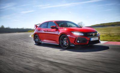 Το Honda Civic Type R αναδείχτηκε 'Best Performance Car' στο θεσμό Παγκόσμιο Αυτοκίνητο της Χρονιάς για Γυναίκες • Ο τίτλος 'Best Hot Hatch' προστίθεται στις διακρίσεις που έχει αποσπάσει από τότε που παρουσιάστηκε σε όλο τον κόσμο • Το νέο Civic Type R κατασκευάζεται στο Swindon και εξάγεται σε όλο τον κόσμο • Ο θεσμός 'Παγκόσμιο Αυτοκίνητη της Χρονιάς' για Γυναίκες είναι ο μοναδικός στον οποίο ψηφίζουν αποκλειστικά γυναίκες Το νέο Honda Civic Type R κέρδισε στην κατηγορία 'Best Performance Car' (Καλύτερο Αυτοκίνητο Επιδόσεων) στο διαγωνισμό Παγκόσμιο Αυτοκίνητο της Χρονιάς για Γυναίκες. Αυτός ο διεθνής θεσμός βραβείων είναι μοναδικός, καθώς την κριτική επιτροπή απαρτίζουν μόνον εκπρόσωποι γένους θηλυκού. Η τελευταία διάκριση του Civic Type R έρχεται να προστεθεί σε μία σειρά βραβείων που έχει ήδη αποσπάσει το 2017, με πρώτο και καλύτερο το 'Best Hot Hatch' από το Auto Express τον Ιούνιο και το 'Best Import Compact Sports Car' από το περιοδικό Sport Auto τον περασμένο μήνα. Έχοντας κοινά βασικά χαρακτηριστικά με το Civic hatchback, το νέο Type R έχει σχεδιαστεί εξ αρχής για να προσφέρει την πιο απολαυστική οδηγική εμπειρία στην κατηγορία hot-hatch – στο δρόμο αλλά και στην πίστα. Ο δίλιτρος κινητήρας VTEC TURBO, που ήταν η 'καρδιά' της πολυβραβευμένης προηγούμενης γενιάς Type R έχει βελτιστοποιηθεί και τροποποιηθεί και τώρα αποδίδε 320 PS, αρκετά για να επιταχύνουν το όχημα από 0 στα 100 km/h σε 5,7'', μέχρι την τελική ταχύτητα των 272 km/h. Οι φετινοί νικητές του θεσμού 'Παγκόσμιο Αυτοκίνητο της Χρονιάς' των Γυναικών κρίθηκαν από την ψηφοφορία 25 συντακτών αυτοκινήτου, γένους θηλυκού, από 20 διαφορετικές χώρες. Η αρχική λίστα περιλάμβανε 420 αυτοκίνητα που γρήγορα περιορίστηκε στα 60 επικρατέστερα. Ακολούθησε μυστική ψηφοφορία, όπου κρίθηκαν οι νικητές κάθε κατηγορίας. «Οι γυναίκες αποτελούν πάνω από το μισό των αγοραστών νέων αυτοκινήτων και έχουν σημαντική επιρροή στις αποφάσεις αγοράς, γι' αυτό θεωρώ μεγάλο επίτευγμα αυτή την αναγνώριση του Civic Type R» δήλωσε
