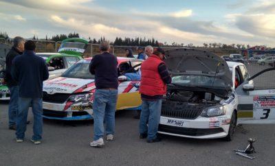 Στο πλαίσιο του 2ου αγώνα του Πανελληνίου Πρωταθλήματος Ταχύτητας στην Τρίπολη, οι τεχνικοί σύμβουλοι του ΣΟΑΑ, Αλέξης Μαραντζίδης και Απόστολος Μαρασλής προέβησαν στους καθιερωμένους ελέγχους των αυτοκινήτων, σφραγίζοντας τις τουρμπίνες και τις αναρτήσεις στα αυτοκίνητα έξι εκ των πρωταγωνιστών, ώστε να τις ελέγξουν. Τα αποτελέσματα των ελέγχων που έγιναν στα εξαρτήματα αυτά, έχουν ήδη παραδοθεί, μαζί με την έκθεση των δύο τεχνικών στους αγωνοδίκες του αγώνα αλλά και στην ΟΜΑΕ και η οριστικοποίηση των αποτελεσμάτων του SEAJETS ΣΟΑΑ Ενιαίου στην Τρίπολη, αναμένεται την προσεχή εβδομάδα