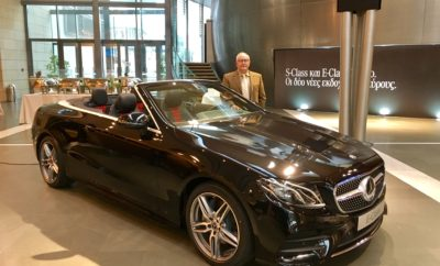 Η Mercedes-Benz συμπληρώνει την οικογένεια E-Class με τη νέα E-Class Cabrio. Το ανοικτό τετραθέσιο με την κλασική υφασμάτινη μαλακή οροφή συνδυάζει τη λιτή, αισθησιακή σχεδίαση με την υψηλή άνεση για τέσσερις επιβάτες σε μεγάλες διαδρομές και την τεχνολογία αιχμής. Περιλαμβάνει την πλήρη ενσωμάτωση smartphone με ασύρματη φόρτιση και λειτουργία κλειδιού, κόκπιτ ευρείας οθόνης και τα πιο καινούρια συστήματα υποβοήθησης. Πανίσχυροι κινητήρες και συστήματα άνετης ανάρτησης διασφαλίζουν μία οδηγική εμπειρία σπορ πολυτέλειας. Στον βασικό εξοπλισμό, η cabrio έκδοση εξοπλίζεται επίσης με το σύστημα αυτόματου αλεξήνεμου AIRCAP ενώ προεραιτικά μπορεί να επιλεχθεί και το σύστημα θέρμανσης αυχένα AIRSCARF – για περισσότερη άνεση κατά την οδήγηση με ανοικτή οροφή. Για πρώτη φορά, το Cabrio διατίθεται και με τετρακίνηση 4MATIC. Δελτίο Τύπου 31 Οκτωβρίου 2017 Το νέο μοντέλο cabrio είναι το πέμπτο και νεότερο μέλος της οικογένειας E-Class της Mercedes-Benz, η οποία ανανεώθηκε εξολοκλήρου μέσα σε διάστημα ενός έτους. Ταυτόχρονα, η μάρκα με το αστέρι συνεχίζει την παράδοση των κορυφαίων cabrio με την κλασσική υφασμάτινη μαλακή οροφή. «Το πάθος για ιδιαίτερα αυτοκίνητα, το οποίο μας ενώνει με τους πελάτες μας, αντανακλάται μοναδικά στη νέα E-Class Cabrio. Είναι ένα αυτοκίνητο που δίνει νέα διάσταση στην ελευθερία, την άνεση και την πολυτέλεια,» λέει η Britta Seeger, Μέλος του Διοικητικού Συμβουλίου της Daimler AG, υπεύθυνη του τμήματος Μάρκετινγκ & Πωλήσεων Mercedes-Benz Cars. Με κλειστή οροφή, η E-Class Cabrio έχει παρόμοια σιλουέτα με εκείνη της E-Class Coupé και επιδεικνύει τις ίδιες εκφραστικές αναλογίες. Οι στενοί δεσμοί των δύο μοντέλων είναι επίσης εμφανείς στη λιτή σχεδίαση με έμφαση στις επιφάνειες με καθαρές γραμμές και αισθησιακές καμπύλες. Η σχεδιαστική γραμμή της, αισθησιακή και ταυτόχρονα μοντέρνα, αντιπροσωπεύει την κομψότητα και την ευφυΐα. Αυτό είναι το καθοριστικό γνώρισμα του Cabrio , το οποίο αποπνέει ένα μοναδικό χαρακτήρα - ειδικά με ανοικτή οροφή. Το εντυπωσιακό