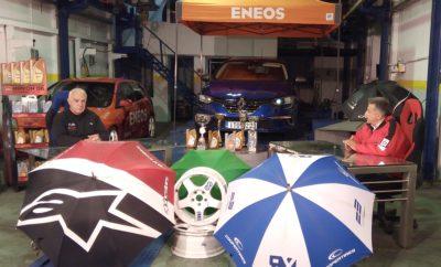"""Ο Γιώργος Καϊτατζής είναι καλεσμένος του Στράτου Φωτεινέλη στο «Πάνω από τα Όρια» αυτής της εβδομάδας. Ο πολύπειρος οδηγός αγώνων μιλά για την κατάσταση που επικρατεί στο ελληνικό motorsport και σχολιάζει τον πρόσφατο αγώνα ταχύτητας στην Τρίπολη. Την εκπομπή μπορείτε να παρακολουθήσετε στο Attica TV το Σάββατο στις 17:00. Την Κυριακή προβάλλονται οι εκπομπές """"R-Evolution"""" στις 17:15 και """"Παγκόσμια Πρωταθλήματα"""" στις 17:45. Όλες οι εκπομπές προβάλλονται μέσα απο το Δίκτυο της HELLAS NET, καθώς και από το Star Κεντρικής Ελλάδας στην ευρύτερη περιοχή της Λαμίας και τα κανάλια TV Super και Αχάια TV στην Πελοπόννησο. Παράλληλα οι εκπομπές αναρτώνται κάθε εβδομάδα στη σελίδα της εκπομπής στο Facebook, στη διεύθυνση https://www.facebook.com/panoapotaoria Παράλληλα και αυτή την εβδομάδα ισχύει το ραδιοφωνικό εβδομαδιαίο ραντεβού του Στράτου Φωτεινέλη με τους φίλους των αγώνων αυτοκινήτου μέσα από τη συχνότητα του Καναλιού 1 του Πειραιά. Όπως κάθε εβδομάδα θα υπάρξουν τηλεφωνικές επικοινωνίες με πολλούς ανθρώπους προς ενημέρωση και ψυχαγωγία. Η εκπομπή """"Autosprint Live"""" μεταδίδεται την Τετάρτη από τις 18:00 έως τις 19:00 από τους 90,4 Κανάλι 1 του Πειραιά και διαδκτυακά από το www.kanaliena.gr."""