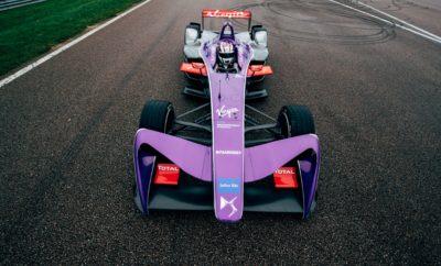Το πρώτο αγωνιστικό σαββατοκύριακο για το Πρωτάθλημα της Formula E που πραγματοποιήθηκε στο Hong Kong, ήταν άκρως δυναμικό για τη DS Virgin Racing, με τον Sam Bird να σημειώνει μια νίκη μετά από σκληρή και πολύ ενδιαφέρουσα μάχη. Το Πρωτάθλημα της Formula E ξεκίνησε για τη σεζόν 2017- 2018 από το Hong Kong. Μέσα από ένα θεσμό, που είναι περιβαλλοντικά ευαισθητοποιημένος και επικεντρώνεται στο μέλλον της αυτοκίνησης αλλά και του motosport, η DS Team με τη συνεργασία της Virgin, θέτουν υψηλά πρότυπα με μία ομάδα που όπως αποδείχθηκε έχει να προσφέρει πολλές ακόμη νίκες. Στον πρώτο από τους δύο αγώνες του Σαββατοκύριακου 2-3 Δεκεμβρίου, ο Βρετανός Sam Bird της DS Virgin Racing, κατάφερε να τερματίσει στην 1η θέση. Ο Sam Bird που ξεκίνησε τον αγώνα από τη 2η θέση, είχε μια καλή απόδοση, μετά και την αποφασιστική κίνηση επί του Jean- Eric Vergne που τον έφερε μπροστά. Στη συνέχεια κατάφερε να σημειώσει αρκετά μεγάλη διαφορά από τον δεύτερο στον αγώνα, φτάνοντας έως και τα 11'' αλλά μια καθυστέρηση μέσα στα pits έφερε ένα δραματικό τόνο για την προσπάθεια του Bird στη συνέχεια. Ο Sam Bird στο δικό του pit stop, δεν κατάφερε να σταματήσει το μονοθέσιό του μέσα στον προβλεπόμενο χώρο, με αποτέλεσμα να δεχτεί ποινή από τους αγωνοδίκες. Με την εξέλιξη αυτή και πριν εκτίσει την ποινή του (διέλευση από τα pits) βρέθηκε για λίγο στην 3η θέση. Επανέκαμψε όμως ταχύτατα, πήρε εκ νέου την πρώτη θέση και κάλυψε τη διαφορά τόσο εμφατικά, που βγαίνοντας από τα pits – για 2η φορά, στο πλαίσιο της ποινής που δέχτηκε- ήταν και πάλι 1ος! Τελικά, κατάφερε και κράτησε την πρώτη θέση μέχρι το τέλος και μάζεψε τους πρώτους βαθμούς για τη σεζόν, σημειώνοντας την 6η νίκη για τον ίδιο και την ομάδα DS Virgin Racing. Την ίδια στιγμή, ο rookie Alex Lynn που οδηγεί το έτερο αυτοκίνητο της ομάδας, κατάφερε να πάρει τους πρώτους πόντους στην καριέρα του, τερματίζοντας στην 8η θέση (από τη 16η που ξεκίνησε). Έτσι ο Sam Bird συνεχίζει την παράδοση που τον θέλει να κάνει νίκες μέσα στη σεζόν. Ο ίδιος δήλ