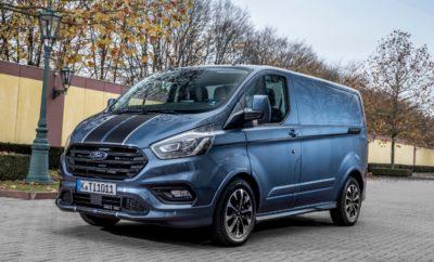 η Ford Αναδείχθηκε Νο.1 Μάρκα Επαγγελματικών Οχημάτων σε Ευρώπη και Ελλάδα • Η Ford είναι Νο.1 μάρκα Επαγγελματικών Οχημάτων για 3η συνεχόμενη χρονιά στην Ευρώπη και για 52 συνεχείς χρονιές στην Αγγλία • Παρόμοια είναι η εικόνα και στην Ελλάδα με τα Επαγγελματικά Οχήματα Ford να κατέχουν την 1η θέση των πωλήσεων για 2η συνεχόμενη χρονιά Το 2017 αποδείχθηκε μία ιδιαίτερα καλή χρονιά για τις πωλήσεις των Επαγγελματικών Αυτοκινήτων Ford. Με ισχυρή παρουσία στην κατηγορία ελαφρών φορτηγών και πλούσια διαθέσιμη γκάμα μοντέλων, η Ford πέτυχε αξιοσημείωτες επιδόσεις πωλήσεων σε Ευρώπη και Ελλάδα. Οι συνολικές πωλήσεις Επαγγελματικών Οχημάτων Ford στην Ευρώπη αυξήθηκαν κατά 7,2% φτάνοντας τις 352.200 μονάδες που αντιστοιχούν στο 13,5% των συνολικών πωλήσεων. Μόνο στη Μεγάλη Βρετανία, οι πωλήσεις έφτασαν τις 124.000, κάνοντας νέο ρεκόρ σε μία χώρα όπου η Ford είναι No.1 για 52 συνεχόμενα χρόνια! «Πετύχαμε τις καλύτερες ετήσιες πωλήσεις στην Ευρώπη από το 2009, παραμένοντας πρώτοι στην αγορά των Επαγγελματικών για 3η συνεχή χρονιά! Το 2018 προβλέπεται να είναι επίσης μία ισχυρή χρονιά για την Ford.» δήλωσε ο Roelant de Waard, vice president, Marketing, Πωλήσεις & Service, της Ford Ευρώπης. Οι πωλήσεις της οικογένειας Transit ανήλθαν στις 287.600 και ήταν οι καλύτερες που έχουν καταγραφεί ποτέ γι' αυτή τη μοναδική σειρά επαγγελματικών οχημάτων, ενώ το Ford Ranger παραμένει το αγαπημένο pickup της Ευρώπης, με πωλήσεις 44.000 το 2017 – αύξηση 15,1% από το 2016. Πέρσι ήταν η καλύτερη χρονιά του Ranger στην Ευρώπη! Παρόμοια είναι η εικόνα και για την Ελλάδα αφού το Μπλε Οβάλ διατήρησε την πρώτη θέση στις πωλήσεις για 2η συνεχόμενη χρονιά με το 18,9% των Ελλήνων αγοραστών επαγγελματικών οχημάτων να δείχνουν την εμπιστοσύνη τους στη μάρκα. Συνολικά πουλήθηκαν 1.250 ελαφρά επαγγελματικά οχήματα Ford (αύξηση κατά 9,17% σε σύγκριση με το 2016), μεταξύ των οποίων 515 Ranger (Νο.1 στις πωλήσεις επαγγελματικών της Ford). Αξιοσημείωτη είναι η επίδοση των Transit και Transit Custom τα οποία