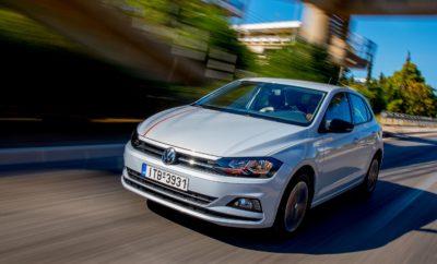 Ρεκόρ παραγωγής για τη Volkswagen με 6.000.000 αυτοκίνητα το 2017 – σχεδόν ένα εκατομμύριο Golf παραδόθηκαν σε πελάτες πέρυσι • Για πρώτη φορά στην ιστορία της η Volkswagen επιτυγχάνει παραγωγή έξι εκατομμυρίων αυτοκινήτων σε ένα ημερολογιακό έτος • Η Volkswagen παρέδωσε σε πελάτες σχεδόν ένα εκατομμύριο Golf το 2017, με τη συνολική παραγωγή του μοντέλου από το λανσάρισμά του, στα 34 εκατομμύρια αυτοκίνητα • Αύξηση 40% για το Tiguan, με πωλήσεις 730.000 αυτοκινήτων παγκοσμίως για το 2017 • Η Volkswagen κατασκευάζει αυτοκίνητα σε περισσότερα από 50 εργοστάσια σε 14 χώρες σε όλο τον κόσμο, με τη συνολική παραγωγή στα 72 χρόνια ιστορίας της να ξεπερνάει τα 150 εκατομμύρια αυτοκίνητα Η Volkswagen έκλεισε το 2017 επιτυγχάνοντας ένα μοναδικό ρεκόρ: κατασκεύασε σε ένα έτος περισσότερα από έξι εκατομμύρια οχήματα! Ο συνδυασμός της μεγαλύτερης έως σήμερα προϊοντικής γκάμας στην ιστορία της μάρκας με τη διαρκώς αυξανόμενη ζήτηση από πλευράς πελατών σε όλον τον κόσμο, ήταν οι βασικοί παράγοντες για τη επίτευξη αυτού του ρεκόρ. Και το 2017 συνεχίστηκε η επιτυχία για τα διαχρονικά best-sellers της Volkswagen όπως είναι τα Golf, Passat και Polo. Η επίδοση αυτή συνδυάστηκε με τη συνεχώς αυξανόμενη ζήτηση για το Tiguan ενώ δυναμικά μπήκαν στο στίβο των πωλήσεων και τα μοντέλα που παρουσιάστηκαν πρόσφατα, όπως είναι τα νέα Polo, Arteon και T-Roc. Το Golf ιδιαίτερα, με σχεδόν ένα εκατομμύριο παραδόσεις σε πελάτες τους προηγούμενους 12 μήνες, εξακολουθεί να είναι το πιο επιτυχημένο μοντέλο της μάρκας. Πρόκειται για τον αναμφισβήτητο ηγέτη της κατηγορίας του, τόσο στη Γερμανία όσο και στην Ευρώπη, που φιγουράρει στην κορυφή για περισσότερες από τρεις δεκαετίες. Μέχρι σήμερα και στο πέρασμα των επτά γενεών του, περισσότερες από 34 εκατομμύρια μονάδες έχουν βγει από τη γραμμή παραγωγής, συμπεριλαμβανομένου ενός σχεδόν εκατομμυρίου το 2017. Το πεντάθυρο Golf (hatchback) διατήρησε το ισχυρό προβάδισμά του στην κατηγορία του τόσο στη Γερμανία όσο και στην Ευρώπη. Το στέϊσον Golf (estate) ση