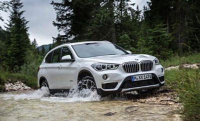 """Για την BMW, το 2018 ξεκίνησε με διπλή νίκη στο θεσμό """"Best Cars Award"""". Τόσο η BMW Σειρά 5 όσο και η BMW X1 αναδείχτηκαν νικήτριες στις κατηγορίες τους, στην τελευταία ψηφοφορία αναγνωστών που διοργάνωσε το περιοδικό του ειδικού Τύπου """"auto, motor und sport"""". Κατακτώντας την πρώτη θέση στην """"Upper Midrange"""" κατηγορία, η BMW Σειρά 5 επανέλαβε την περσινή επιτυχία της. Η BMW X1 (SAV) επικράτησε στην κατηγορία """"Compact SUV"""". Έξι ακόμα μοντέλα BMW διεκδίκησαν θέσεις στο βάθρο των νικητών, στις αντίστοιχες κατηγορίες τους. Η απονομή των βραβείων έγινε στα πλαίσια εορταστικού γκαλά στο Διεθνές Συνεδριακό Κέντρο της Στουτγάρδης. Ο διαγωνισμός """"Best Cars Award"""" είναι από τους πιο έγκυρους και καθιερωμένους στο χώρο του αυτοκινήτου. Η ψηφοφορία αναγνωστών του """"auto, motor und sport"""" πραγματοποιήθηκε φέτος για 42η φορά. Συμμετείχαν περισσότεροι από 117.000 αναγνώστες, οι οποίοι επέλεξαν από 378 τρέχοντα μοντέλα σε έντεκα κατηγορίες. Με ποσοστό 28,8%, οι αναγνώστες έδειξαν την προτίμησή τους στην BMW Σειρά 5 στην """"Upper Midrange"""" κατηγορία. Έτσι το αυτοκίνητο συνέχισε το σερί επιτυχιών του από πέρσι, καθώς εκτός από το """"Best Cars Award"""" που απέσπασε από το """"auto, motor und sport"""", κέρδισε τη διάκριση """"Auto Trophy –World's Best Cars """"από το """"Auto Zeitung"""" και ψηφίστηκε """"Αυτοκίνητο της Χρονιάς"""" στη Μ. Βρετανία. Πέραν αυτών, η BMW Σειρά 5 έλαβε αρκετές ακόμα περίοπτες διακρίσεις, ανάμεσά τους το """"Red Dot Award"""" και το """"iF Gold Award"""" για την εξαιρετική της σχεδίαση, το """"Car Connectivity Award"""" και ο τίτλος """"Goldener Computer"""" για την προηγμένη τεχνολογία δικτύωσης. Η BMW Σειρά 5 αναδείχτηκε επίσης """"Value Champion 2017"""", ένας τίτλος που πιστοποιεί την διαχρονικότητα της αξίας της. Με νίκη στην κατηγορία της στο θεσμό """"Best Cars Award"""" 2018, η BMW X1 επίσης συνέχισε τις προηγούμενες επιτυχίες της. Το 2016, πήρε τη νίκη σε ψηφοφορία αναγνωστών του """"auto, motor und sport"""". Αυτή τη φορά, διεκδίκησε την πρώτη θέση στην κατηγορία """"Compact SUV"""", συγκεντρώνοντας το 15,9% των ψήφων. Το μυ"""