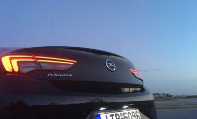 """Βασικός εξοπλισμός αλλά και προαιρετικές επιλογές προηγμένης τεχνολογίας Λογικό λειτουργικό κόστος Ιδιαίτερα δημοφιλές με διακρίσεις στον Ειδικό Τύπο Σε λιγότερο από ένα χρόνο από την έναρξη των πωλήσεων, η Opel έχει ήδη λάβει πανευρωπαϊκά περισσότερες από 100.000 παραγγελίες για το νέο Insignia. Το νέο Insignia κατασκευάζεται στο εργοστάσιο του Rüsselsheim (Γερμανία) και διατίθεται ως Grand Sport sedan, Sports Tourer station wagon και τετρακίνητο Country Tourer station wagon. Οι εκδόσεις εξοπλισμού ξεκινούν από το ήδη ολοκληρωμένο Selection και φτάνουν μέχρι το κορυφαίο μοντέλο Innovation. Στην κορυφή της γκάμας του νέου Opel Insignia βρίσκεται το δυναμικό GSi – μία σπορ έκδοση για όσους αναζητούν κάτι ξεχωριστό - ένα αυτοκίνητο που υπόσχεται στον οδηγό μέγιστη απόλαυση σε οποιοδήποτε δρόμο. Το νέο Insignia αντλεί ισχύ από μία γκάμα υπερτροφοδοτούμενων, τετρακύλινδρων κινητήρων diesel και βενζίνης 1.5 - 2.0-L, σε συνδυασμό με εξατάχυτο μηχανικό ή εξατάχυτα και οκτατάχυτα αυτόματα κιβώτια. Οι ισχυρότεροι κινητήρες diesel και βενζίνης προσφέρονται επίσης με καινοτόμο σύστημα τερακίνησης με έλεγχο κατανομής ροπής (torque vectoring all-wheel drive). Το νέο Insignia είναι εξαιρετικά ελκυστικό τόσο για ιδιώτες όσο και για εταιρικούς πελάτες (fleet) – πρόσφατα μάλιστα απέσπασε τον τίτλο """"Company Car Today CCT100"""" (Company Car Today) στη Μ. Βρετανία. Οι αγοραστές επωφελούνται από τις πολυάριθμες προηγμένες τεχνολογίες του, όπως το Σύστημα Διατήρησης & Προσαρμογής Ταχύτητας - adaptive cruise control (που προσαρμόζει αυτόματα την ταχύτητα σε αυτήν του προπορευόμενου οχήματος, σύμφωνα με την επιλεγμένη απόσταση), προβολείς IntelliLux LED matrix (που προσαρμόζονται αυτόματα σε όλες τις συνθήκες κυκλοφορίας) και εργονομικά καθίσματα πιστοποιημένα από τους ειδικούς πλάτης του Aktion Gesunder Rücken e. V. Επιπλέον, το κόστος ιδιοκτησίας παραμένει σε μέσο επίπεδο σε σχέση με τον ανταγωνισμό στις premium κατηγορίες. Τα εννέα στα δέκα νέα Insignia που έχουν παραγγελθεί μέχρι τώρα, ε"""