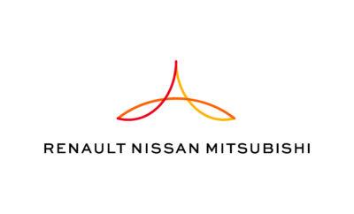 "H Nissan και οι εταίροι της Renault & Mitsubishi, υπογράφουν μνημόνιο συνεργασίας με την DiDi Chuxing για υπηρεσίες κοινής χρήσης αυτοκινήτων στην Κίνα. Η Renault-Nissan-Mitsubishi, η κορυφαία συμμαχία αυτοκινήτων παγκοσμίως, ανακοίνωσε την υπογραφή μνημονίου συνεργασίας με τη DiDi Chuxing (""DiDi""), την κορυφαία κινεζική πλατφόρμα συγκοινωνιών, για να διερευνήσει τη μελλοντική επιχειρηματική συνεργασία σε ένα νέο πρόγραμμα κοινής χρήσης ηλεκτρικών οχημάτων, στη Λαϊκή Δημοκρατία της Κίνας. Το μνημόνιο συναντίληψης που υπεγράφη με την DiDi υπογραμμίζει τη δέσμευση για νέες υπηρεσίες κινητικότητας στη Συμμαχία, συμπεριλαμβανομένης της διάθεσης ρομποτικών δρομολόγιων, ως μέρος του στρατηγικού μεσοπρόθεσμου σχεδίου Alliance 2022, που τέθηκε σε εφαρμογή πέρυσι, από την Συμμαχία των Renault-Nissan-Mitsubishi. Ο Ogi Redzic, ανώτερος αντιπρόεδρος Συνδεδεμένων Οχημάτων και Υπηρεσιών Κινητικότητας της Renault-Nissan-Mitsubishi, δήλωσε: ""Οι δυνητικές επιχειρηματικές και τεχνολογικές ευκαιρίες που θα διερευνήσουμε με την DiDi είναι αρκετά ελπιδοφόρες. Η συνεργασία αυτή συμβαδίζει με την επέκταση της Συμμαχίας στην ηλεκτροκίνηση, την αυτονομία, τη συνδεσιμότητα και τις νέες υπηρεσίες κινητικότητας"". Ο Chen Ting, Γενικός Διευθυντής της Express Mobility Group της DiDi Chuxing, δήλωσε: ""Οι στρατηγικές εταιρικές σχέσεις με κορυφαίους παίκτες του κλάδου όπως η Renault-Nissan-Mitsubishi θα μας επιτρέψουν να συγκεντρώσουμε τα πλεονεκτήματα και τους πόρους μας, προκειμένου να ανταποκριθούμε στις διαφοροποιημένες απαιτήσεις κινητικότητας και να δημιουργήσουμε ένα ανοικτό, κοινόχρηστο οικοσύστημα μεταφορών, καθώς καινοτομούμε με οχήματα για ένα μέλλον με κοινή χρήση, βασισμένο στην τεχνολογίας της Τεχνητής Νοημοσύνης (AI) και της νέας ενέργειας."" Ως η μεγαλύτερη αυτοκινητοβιομηχανία στον κόσμο στις πωλήσεις οχημάτων, η Συμμαχία επιταχύνει τις πρωτοβουλίες σύγκλισης και συνέργειας σε μια σειρά νέων τεχνολογιών της αυτοκίνησης. Μέχρι το τέλος του στρατηγικού της σχεδίου, η Συμμαχία θα λανσάρ"
