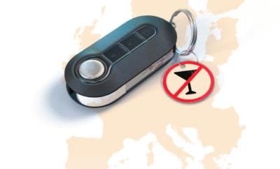 Υποχρεωτική εγκατάσταση συστημάτων alcohol interlock σε φορτηγά και λεωφορεία σε όλη την ΕΕ • Με βάση μία νέα έκθεση, περισσότεροι από 5.000 θάνατοι στην Ευρώπη εξακολουθούν να προκαλούνται από την οδήγηση υπό την επήρεια αλκοόλ σε ετήσια βάση • Τα κράτη-μέλη καλούνται να εντείνουν τους ελέγχους στους δρόμους και να θεσπίσουν προγράμματα επανένταξης για οδηγούς-παραβάτες υπό την επήρεια αλκοόλ Η ΕΕ θα πρέπει να απαιτήσει την εγκατάσταση του συστήματος Interlock σε όλα τα καινούργια επαγγελματικά οχήματα καθώς και σε αυτοκίνητα που χρησιμοποιούνται από οδηγούς που επανειλημμένα παραβαίνουν το νόμο και οδηγούν υπό την επήρεια αλκοόλ. Αυτές είναι δύο από τις βασικές συστάσεις του Ευρωπαϊκού Συμβουλίου Ασφάλειας Μεταφορών (ETSC), που με μία νέα έκθεση εξετάζει τους τρόπους μείωσης του αριθμού των θανάτων που συνεχίζουν να προκαλούνται από την οδήγηση υπό την επήρεια αλκοόλ στην Ευρωπαϊκή Ένωση κάθε χρόνο. Με μία μεγάλη δέσμη μέτρων για την οδική ασφάλεια που ανακοινώθηκε τον περασμένο μήνα, η γαλλική κυβέρνηση δήλωσε ότι όλοι οι οδηγοί-παραβάτες που επανειλημμένα οδηγούν υπό την επήρεια αλκοόλ, θα είναι υποχρεωμένοι να εγκαταστήσουν στο αυτοκίνητό τους ένα σύστημα Interlock, μια συσκευή ελέγχου της αναπνοής, που θα εμποδίζει την εκκίνηση του οχήματος εάν ο οδηγός έχει υπερβεί το όριο αλκοόλ. Όλα τα λεωφορεία στη Γαλλία είναι υποχρεωμένα να έχουν ήδη εγκατεστημένες τις συσκευές αυτές. Το Σεπτέμβριο του περασμένου έτους, η Αυστρία ξεκίνησε ένα εθνικό πρόγραμμα αποκατάστασης για τους οδηγούς υπό την επήρεια αλκοόλ, το οποίο τους προσφέρει τη δυνατότητα να γυρίσουν ξανά πίσω στο τιμόνι πριν λήξει γι' αυτούς η απαγόρευση οδήγησης, εφόσον εγκαταστήσουν ένα σύστημα Interlock στο αυτοκίνητό τους. Το Βέλγιο, η Δανία, η Φινλανδία, οι Κάτω Χώρες, η Πολωνία και η Σουηδία έχουν εισαγάγει παρόμοια προγράμματα όπως και η πλειονότητα των ΗΠΑ. Το ETSC αναφέρει ότι τα προγράμματα αυτά αποδείχτηκαν στην πράξη ως μερικά από τα πιο αποτελεσματικά μέτρα για την αντιμετώπιση της οδήγησης υπό 