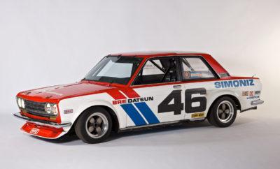 """Η Nissan τιμώμενη μάρκα στο φεστιβάλ Classic Motorsports Mitty Η Nissan / Datsun έχει επιλεγεί ως η τιμώμενη μάρκα στο φεστιβάλ ιστορικών αυτοκινήτων του μηχανοκίνητου αθλητισμού (HSR) Mitty, με αλυτάρχη τον θρυλικό οδηγό της Datsun / Nissan, John Morton. Τώρα, στην 41η του χρονιά, το φεστιβάλ Mitty , ο μακροβιότερος αγώνας ιστορικών αυτοκινήτων στις Η.Π.Α., επιστρέφει στην ένδοξη διαδρομή του Road Atlanta στις 26-29 Απριλίου. Καθώς η Nissan θα έχει την τιμητική της στην εκδήλωση, η Nissan North America θα φέρει εκεί πολλά ιστορικά αυτοκίνητα, με πλέον χαρακτηριστικό το αυθεντικό No 46 Datsun 510 που οδηγούσε ο Morton το 1971 και 1972. Άλλα κλασσικά Nissan που θα εκτεθούν θα είναι το Νο 83 GTP ZX-Turbo με το ψευδώνυμο """"Elvis"""" (που του προσδόθηκε για την εκπληκτική του πορεία το 1988), ένα PPG Indy pace car του 1990, ένα 240Z του 1971, ένα 300ZX twin turbo του 1995, όπως και μια ειδική έκδοση SMZ."""