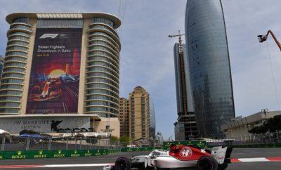 """Η Alfa Romeo Sauber F1 Team είχε ένα φανταστικό Grand Prix στην πόλη του Μπακού. Σ' ένα επεισοδιακό και συναρπαστικό αγώνα με δυσκολίες τόσο στη διαδρομή όσο και στις καιρικές συνθήκες κατορθώσαμε να πετύχουμε το στόχο μας που ήταν να τερματίσουμε στις καλύτερες δυνατές θέσεις. Οι Charles Leclerc και Marcus Ericsson έκαναν πολύ καλή δουλειά. Ο Μονεγάσκος στην πρώτη του χρονιά στη F1, τερμάτισε στον 4ο αγώνα του, 6ος, αποκομίζοντας 8 βαθμούς για την ομάδα. Είχε εκκινήσει από την 13η θέση και ακολούθησε στρατηγική μιας αλλαγής ελαστικών. Έχοντας δυνατή και σταθερή απόδοση κατόρθωσε να βρεθεί μπροστά από άλλους οδηγούς στο μέσο της κατάταξης. Ο Marcus Ericsson πέτυχε τελικά να τερματίσει 11ος, σ' έναν δύσκολο γι' αυτόν αγώνα, ο οποίος οριοθετήθηκε από την εμπλοκή του, σε συμβάν στην αρχή. Αυτό τον υποχρέωσε να πει στα πιτ και ν' αλλάξει στρατηγική. Η Alfa Romeo Sauber F1 Team έχει ήδη 10 βαθμούς στο φετινό πρωτάθλημα Κατασκευαστών και βρίσκεται στην 9η θέση της βαθμολογίας. Ο Charles Leclerc βρίσκεται στη 13η θέση του πρωταθλήματος Οδηγών και ο Marcus Ericsson στην 16η. Marcus Ericsson (μονοθέσιο Νο 9): C37 (Σασί 03/Ferrari) Αποτέλεσμα: 11ος. Εκκίνησε με πολύ μαλακή γόμα, στον 1ο γύρο άλλαξε σε μαλακή γόμα. Στον 18ο γύρο έβαλε την πάρα πολύ μαλακή γόμα και στον 36ο γύρο έβαλε ένα ακόμη σετ πάρα πολύ μαλακής γόμας. """"Ήταν ένας δύσκολος αγώνας για μένα. Αναμίχθηκα σε συμβάν στην αρχή και αυτό προκάλεσε ζημιά στο μονοθέσιο. Ήταν δύσκολο να διατηρήσω την πορεία μου μετά απ' αυτό και υπερέβαλλα εαυτόν για να φτάσω εκ νέου τους άμεσους ανταγωνιστές μου. Στο τέλος ήταν επιτυχία που κατάφερα να τερματίσω στην 11η θέση. Ως ομάδα πήραμε βαθμούς για 2η φορά φέτος, αυτό μας δίνει κίνητρο για τη συνέχεια. Η δυναμική μας φαίνεται πιο καθαρά, κάθε Σαββατοκύριακο, που περνά. Πρέπει να συνεχίσουμε την καλή δουλειά τώρα. Ανυπομονώ για το επόμενο αγωνιστικό Σαββατοκύριακο στη Βαρκελώνη."""" Charles Leclerc (μονοθέσιο Νο 16): C37 (Σασί 02/Ferrari) Αποτέλεσμα: 6ος. Εκκίνησε με την πολύ μαλακή """