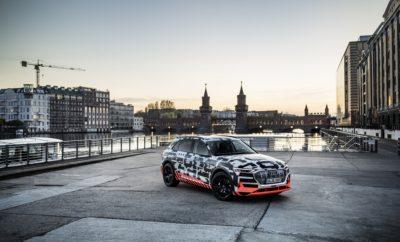 Προσοχή, υπερ-υψηλή τάση! Το Audi e-tron σε ένα εντυπωσιακό πείραμα • Το πρωτότυπο Audi e-tron τοποθετείται σε ένα τεράστιο κλωβό Faraday της Siemens και «βομβαρδίζεται» από ηλεκτρικές εκκενώσεις τάσης 3.000.000 Volt • Το e-tron θα έχει δυνατότητα ταχυφόρτισης έως 150 kW στο δίκτυο φόρτισης Ionity • Ευρεία επιλογή τύπων φόρτισης τόσο σε οικιακό περιβάλλον όσο και κατά τη διαδρομή • Με αυτονομία άνω των 400 χιλιομέτρων στον κύκλο μέτρησης WLTP Η έκδοση παραγωγής του πρωτότυπου e-tron προαναγγέλλει την έναρξη μιας νέας εποχής για την Audi. Η μάρκα με σήμα τα τέσσερα δακτυλίδια μεταμορφώνεται από έναν κλασσικό κατασκευαστή αυτοκινήτων σε έναν προμηθευτή ολιστικών συστημάτων αυτοκίνησης που προσφέρει, εκτός άλλων, προσαρμοσμένες και ευέλικτες λύσεις φόρτισης, είτε βρίσκεται κανείς σπίτι του είτε κατά τη διάρκεια μίας διαδρομής. Η έκδοση παραγωγής του Audi e-tron θα αποτελέσει το πρώτο ηλεκτρικό αυτοκίνητο με δυνατότητα φόρτισης σε σταθμούς με ισχύ έως 150 kW. Σε μόλις 30 λεπτά της ώρας, το ηλεκτροκίνητο SUV θα είναι έτοιμο για την επόμενη μεγάλη διαδρομή του ταξιδιού του. Οι μεγάλες μπαταρίες ιόντων λιθίου του διασφαλίζουν μία εξίσου μεγάλη αυτονομία που ξεπερνά τα 400 χιλιόμετρα, σύμφωνα με το νέο κύκλο WLPT που περιλαμβάνει μετρήσεις και σε πραγματικές συνθήκες. Για την παρουσίαση ενός τόσο καινοτόμου μοντέλου, η Audi επέλεξε ένα εξίσου εντυπωσιακό concept, τοποθετώντας το e-tron μέσα σε ένα τεράστιο κλωβό Faraday! (*) Το σενάριο: ταξίδι στον κόσμο των ηλεκτρονίων Ο κλωβός Faraday που βρίσκεται στις εγκαταστάσεις υψηλής τάσης της Siemens στο Βερολίνο έχει διαστάσεις 42x32x25 μέτρα. Μία ομάδα από ηλεκτρολόγους και μηχανολόγους ερευνά στο μεγαλύτερο ερευνητικό κέντρο του είδους στον κόσμο, την ενέργεια που εκλύουν ηλεκτρικές εκκενώσεις, τάσης έως 3.000.000 Volt! Κατασκευάστηκε το 1958 και μέσα σε αυτόν τον παραβολικό κλωβό υπάρχει μία μονάδα παραγωγής υπέρ-υψηλής τάσης στο μέγεθος ενός σπιτιού. Και το πρωτότυπο Audi e-tron βρίσκεται ακριβώς στο κέντρο του! Εκθαμβωτικές 