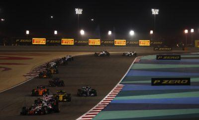"Ο δεύτερος αγώνας της χρονιάς κατέληξε σ' ένα συναρπαστικό παιχνίδι, γάτας με ποντικιού μεταξύ Ferrari και Mercedes. Ο οδηγός της Ferrari, Sebastian Vettel κράτησε πίσω του στο φινάλε τις Mercedes των Valtteri Bottas και Lewis Hamilton, χρησιμοποιώντας το ίδιο σετ μαλακής γόμας για 39 γύρους. Οι αντίπαλοί του χρησιμοποιούσαν αμφότεροι πιο φρέσκα ελαστικά, μέσης γόμας. Η στρατηγική έπαιξε κυρίαρχο ρόλο στον αγώνα, με τον Hamilton να είναι ο μόνος από τους 10 πρώτους οδηγούς που εκκίνησε με τη μαλακή γόμα. Ο Βρετανός όπως και ο έτερος οδηγός της Mercedes, Valtteri Bottas έβαλε τη μέση γόμα όντας σε στρατηγική μιας αλλαγής. Από την πλευρά του ο Vettel, κατάφερε να υλοποιήσει στρατηγική πολύ μαλακής/μαλακής γόμας πραγματοποιώντας ένα αφύσικα μεγάλο, δεύτερο μέρος με τη μαλακή γόμα. Το φινάλε είχε ένταση με τον Bottas να πλησιάζει απειλητικά στους τελευταίους γύρους. Είδαμε ευρεία ποικιλία διαφορετικών στρατηγικών. Οι πρώτοι οχτώ στην τελική κατάταξη υιοθέτησαν διαφορετικές στρατηγικές αξιοποίησης των ελαστικών. Πολλοί οδηγοί σημείωσαν τα καλύτερα αποτελέσματά τους όπως ο Pierre Gasly (Toro Rosso) που τερμάτισε 4ος και ο Marcus Ericsson (Sauber), 9ος. Αρκετοί οδηγοί χρησιμοποίησαν και τις 3 διαθέσιμες γόμες κατά τη διάρκεια του αγώνα. MARIO ISOLA - ΕΠΙΚΕΦΑΛΗΣ ΑΓΩΝΩΝ ΑΥΤΟΚΙΝΗΤΟΥ ""Ήταν ένας απόλυτα συναρπαστικός και απρόβλεπτος αγώνας που εξελίχθηκε όπως ακριβώς ελπίζαμε χάρη στη νέα γενιά ελαστικών: Πολλές διαφορετικές στρατηγικές μονομαχίες, και ένα συναρπαστικό φινάλε με μερικούς από τους κορυφαίους οδηγούς στον πλανήτη να δίνουν μάχη ως την τελευταία στροφή. Η διαχείριση ελαστικών ήταν το κλειδί στην νίκη του Vettel. Ο οδηγός της Ferrari αξιοποίησε ένα φρέσκο σετ ελαστικών μαλακής γόμας που άντεξε για 39 γύρους κάτι που δεν είχαμε ξαναδεί κατά τη διάρκεια του τριημέρου. Οι Mercedes επίσης πραγματοποίησαν μια αλλαγή ελαστικών και βρέθηκαν στο βάθρο, παρότι θεωρητικά, η στρατηγική δυο αλλαγών ήταν ταχύτερη: Αυτή τους η απόφαση επηρέασε την εξέλιξη του αγώνα και οδήγησε σ"