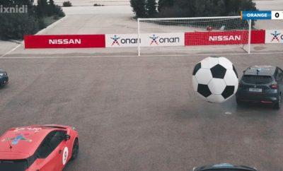 """Το Nissan MICRA βάζει γκολ, χάρη σε μια μοναδική """"ποδοσφαιρική"""" έκπληξη από τον ΟΠΑΠ ! Η πρώτη ποδοσφαιρική αναμέτρηση με αυτοκίνητα στην Ελλάδα γίνεται πραγματικότητα από τον ΟΠΑΠ! Συγκεκριμένα, στη νέα διαφημιστική καμπάνια """"Ζήσε Το Παιχνίδι"""" του OΠΑΠ, μια συνηθισμένη ημέρα στον Ιππόδρομο Αθηνών, στο Μαρκόπουλο, μετατρέπεται σε μια πρωτόγνωρη ποδοσφαιρική έκπληξη, με οκτώ Nissan MICRA και μια γιγαντιαία μπάλα. Κατά τη διάρκεια του """"ματς"""", τα Nissan MICRA προσφέρουν ένα συναρπαστικό θέαμα με πολλές ντρίμπλες, προσποιήσεις, αλλά και θεαματικούς ελιγμούς, μαζί με χειρόφρενα και σπιναρίσματα, βάζοντας πολλά γκολ ! Οι δύο ομάδες – οι """"Πορτοκαλί"""" και οι """"Γκρι"""" – παίρνουν θέση στη σέντρα, ο διαιτητής σφυρίζει την έναρξη και όλοι ζουν το παιχνίδι, όπως δεν το έχουν ξαναζήσει. Δείτε το βίντεο: https://youtu.be/gOunZjb8a_Q"""