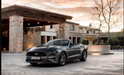 Η Ford Mustang Αναδείχτηκε Παγκόσμιο Best Seller στην Κατηγορία Sports Coupe για Τρίτη Συνεχή Χρονιά • Η Ford πούλησε πέρσι 125.809 οχήματα Mustang coupe και convertible σε 146 χώρες • Η Mustang ήταν το δημοφιλέστερο sports coupe παγκοσμίως το 2017, σύμφωνα με ανάλυση της Ford από τα παγκόσμια στοιχεία ταξινομήσεων νέων οχημάτων ιδιωτικής χρήσης της IHS Markit, κάτι που σηματοδότησε την τρίτη συνεχή χρονιά που το μοντέλο αναδεικνύεται best seller σε αυτή την κατηγορία • Η Ford πούλησε 13.100 οχήματα Mustang στην Ευρώπη το 2017, και 35.000 από το 2015 που λανσάρισε το θρυλικό αυτοκίνητο στην Ευρώπη. Η νέα Mustang και η ειδική έκδοση Mustang BULLITT αναμένονται στην αγορά αργότερα μέσα στη χρονιά Η παγκόσμια ζήτηση για τη νέα 2018 Ford Mustang έφερε το δημοφιλές sports coupe στην πρώτη θέση της κατηγορίας του για τρίτη συνεχή χρονιά. Οι παγκόσμιες πωλήσεις της Mustang το 2017 ανήλθαν σε 125.809 μονάδες, σύμφωνα με ανάλυση της Ford από τα πιο πρόσφατα στοιχεία ταξινομήσεων νέων οχημάτων ιδιωτικής χρήσης της IHS Markit. Τα στοιχεία αυτά – που συλλέγονται από κυβερνητικές και άλλες πηγές και αποτελούν το 95% των παγκόσμιων πωλήσεων νέων οχημάτων σε πάνω από 80 χώρες – δίνουν στην Mustang παγκόσμιο προβάδισμα έναντι του ανταγωνισμού στην κατηγορία sports coupe. «Ο κόσμος είναι ερωτευμένος με την Mustang» σχολιάζει ο Erich Merkle, αναλυτής πωλήσεων της Ford. «Η Mustang αντιπροσωπεύει την επιτομή της Αμερικανικής σχεδίασης, των επιδόσεων και της ελευθερίας, ενώ η μοναδική της προσωπικότητα είναι γοητευτική σε διεθνή κλίμακα.» Από τις σχεδόν 126.000 παγκόσμιες ταξινομήσεις οχημάτων, η Ford ανέφερε ότι οι 81.866 σημειώθηκαν στις ΗΠΑ, τη χώρα όπου κατασκευάζεται η Mustang. Αυτό σημαίνει ότι πάνω από το ένα τρίτο από όλες τις ταξινομήσεις Mustang καταγράφηκε στις εξαγωγικές αγορές. Η Ford πούλησε 13.100 οχήματα Mustang πέρσι στην Ευρώπη, σύμφωνα με στοιχεία της εταιρίας,* και ξεπέρασε την Porsche 911 σε 13 Ευρωπαϊκές αγορές, μεταξύ των οποίων το Ηνωμένο Βασίλειο και η Ισπανία. 