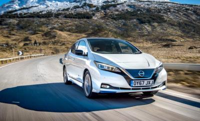 """Το νέο Nissan LEAF κατέκτησε το βραβείο """"Best Electric Car"""" To νέο Nissan LEAF πήρε το βραβείο """"Best Electric Car"""" στα ετήσια βραβεία του DieselCar και EcoCar του Ηνωμένου Βασιλείου, μιας γιορτής του αυτοκινήτου για τα πιο αποτελεσματικά καινούργια αυτοκίνητα της αγοράς σήμερα. Η συντακτική ομάδα του DieselCar και EcoCar αξιολόγησε περισσότερα από 175 νέα μοντέλα σε καθημερινές συνθήκες οδήγησης, χρησιμοποιώντας ένα ολοκληρωμένο σύστημα βαθμολόγησης οδικών δοκιμών, μέσω του οποίου προέκυψαν οι τελικές βαθμολογίες. """"Αν θέλετε ένα βαρόμετρο του τοπίου των ηλεκτροκίνητων οχημάτων, το καλύτερο που έχετε να κάνετε είναι να δείτε το νέο LEAF"""", δήλωσε ο Ian Robertson, συντάκτης των περιοδικών DieselCar και EcoCar. Επιπλέον σημείωσε πως """"Ενώ τα ηλεκτροκίνητα οχήματα ήταν ελκυστικά για τους πρωτοπόρους αγοραστές και αυτούς που είχαν και δεύτερο αυτοκίνητο, με το νέο LEAF η ηλεκτροκίνηση γίνεται προσιτή σε ένα πολύ ευρύτερο κοινό"""". To βραβείο """"Best Electric Car"""" έρχεται να προστεθεί στο """"χαρτοφυλάκιο"""" διακρίσεων του νέου LEAF, ακολουθώντας το βραβείο του """"Πράσινου"""" Αυτοκινήτου της Χρονιάς, όπως και τη διάκριση των 5 αστέρων στις τελευταίες δοκιμές ασφαλείας του Euro NCAP. Το νέο Nissan LEAF με μηδενικές εκπομπές ρύπων ενσαρκώνει το Nissan Intelligent Mobility, το όραμα της μάρκας για την αλλαγή του τρόπου με τον οποίο τα οχήματα τροφοδοτούνται, οδηγούνται και ενσωματώνονται στην κοινωνία. Το νέο Nissan LEAF, θα είναι διαθέσιμο στην Ελληνική αγορά εντός του Μαΐου."""