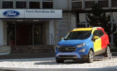 Η Ford Επιβεβαιώνει την Παραγωγή και Δεύτερου Οχήματος στο Εργοστάσιο της Κραϊόβα στη Ρουμανία, Νέα Επένδυση 200 Εκατομμυρίων Ευρώ και 1.500 Νέες Θέσεις Εργασίας • Η Ford επιβεβαιώνει την παραγωγή ενός δεύτερου οχήματος στο Εργοστάσιό της στην Κραϊόβα της Ρουμανίας, που έρχεται να προστεθεί στο νέο μικρό SUV Ford EcoSport και τον κινητήρα 1.0L EcoBoost • Η Ford επενδύει 200 εκατομμύρια ευρώ στις εγκαταστάσεις του εργοστασίου, συνολική επένδυση ύψους 1,5 δις ευρώ από το 2008 • Αναμένεται να δημιουργηθούν 1.500 θέσεις εργασίας, ανεβάζοντας το ανθρώπινο δυναμικό στην Κραϊόβα στους 5.900 εργαζόμενους Η Ford επιβεβαίωσε σήμερα την επένδυση έως 200 εκατομμυρίων ευρώ και τη δημιουργία 1.500 νέων θέσεων εργασίας για την παραγωγή ενός δεύτερου μοντέλου στο εργοστάσιό της, στην Κραϊόβα της Ρουμανίας. Προς το παρόν, στο εργοστάσιο της Κραϊόβα κατασκευάζεται ήδη το μικρό SUV EcoSport και ο χιλιάρης EcoBoost κινητήρας της Ford. Το δεύτερο μοντέλο και η έναρξη παραγωγής του θα επιβεβαιωθούν όταν πλησιάζει το λανσάρισμα. «Αυτή η νέα επένδυση προάγει την εξελισσόμενη γκάμα συναρπαστικών νέων μοντέλων μας Ευρωπαϊκής παραγωγής και συνεχίζει τη μεταμόρφωση του εργοστασίου μας στην Κραϊόβα» δήλωσε ο Steven Armstrong, president & CEO, Ford Ευρώπης, Μέσης Ανατολής & Αφρικής. «Η προσθήκη του δεύτερου οχήματος αποτελεί απόδειξη της λειτουργικής ευελιξίας του εργοστασίου μας στην Κραϊόβα και υποδηλώνει τις ισχυρές συνεργασίες που έχουμε με τοπικούς προμηθευτές και την κοινότητα.» Η συνολική επένδυση της Ford στις δραστηριότητες παραγωγής της στη Ρουμανία – συμπεριλαμβανομένης της επένδυσης των 200 εκατομμυρίων ευρώ που ανακοινώθηκε σήμερα – είναι σχεδόν 1.5 δις ευρώ από το 2008 που απέκτησε το εργοστάσιο της Κραϊόβα. Ανάμεσα στις σημαντικές, πρόσφατες αναβαθμίσεις είναι η εγκατάσταση περισσοτέρων των 550 ρομπότ με σκοπό την περαιτέρω βελτίωση της απόδοσης και της ποιότητας στο βαφείο, στο φανοποιείο και στα τμήματα διακόσμου και πλαισίου. Για την υποστήριξη της παραγωγής του νέου οχήματος, 