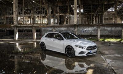 Η τέταρτη γενιά της Mercedes-Benz A-Class αποκτά ακόμη πιο νεανικό και δυναμικό χαρακτήρα και γίνεται ταυτόχρονα τόσο ώριμη και άνετη όσο ποτέ άλλοτε! Η νέα A-Class επανακαθορίζει την έννοια της σύγχρονης πολυτέλειας στην compact κατηγορία και προκαλεί επανάσταση με τον εσωτερικό σχεδιασμό και την πρωτοποριακή τεχνολογία της. Χάρη στο νέο διαδραστικό σύστημα τηλεματικής MBUX δίνει νέα διάσταση στην εμπειρία του χρήστη και εντυπωσιάζει με τις επιπλέον λειτουργίες και τα συστήματα που προσφέρει και που μέχρι πρότινος εξόπλιζαν μεγαλύτερα μοντέλα στην γκάμα της Mercedes-Benz. «Με την τέταρτη γενιά της A-Class επαναπροσδιορίζουμε τη σύγχρονη πολυτέλεια modern luxury στην compact κατηγορία και γι' αυτό επιλέξαμε έναν συνδυασμό ασυμβίβαστης δυναμικής σχεδίασης με μια έξυπνη λειτουργική ιδέα», λέει χαρακτηριστικά η Britta Seeger, Μέλος του Δ.Σ. της Daimler AG, Υπεύθυνη για τις Πωλήσεις των Επιβατηγών Οχημάτων Mercedes-Benz. «Οι νέες τεχνολογίες πρέπει να δίνουν μεγαλύτερη έμφαση στους ανθρώπους και να διευκολύνουν τη ζωή τους. Η νέα A-Class το επιτυγχάνει με πολλούς τρόπους και γίνεται έτσι μια συναισθηματικά ελκυστική και ευφυής σύντροφος», αναφέρει ο Ola Kälenius, Μέλος του Δ. Σ. της Daimler AG, Υπεύθυνος Έρευνας και Ανάπτυξης της Mercedes-Benz. Στα ξεχωριστά χαρακτηριστικά της νέας A-Class περιλαμβάνεται το εντελώς νέο σύστημα πολυμέσων MBUX - Mercedes-Benz User Experience. Πρόκειται για ένα είδος «συναισθηματικής» σύνδεσης ανάμεσα στον οδηγό, το όχημα και τους επιβάτες, καθώς διαθέτει δυνατότητα εκμάθησης μέσω τεχνητής νοημοσύνης. Επιπλέον, ως μέρος της φιλοσοφίας Intelligent Drive συναντάμε στη νέα A-Class ένα εξελιγμένο σύστημα ημι-αυτόνομης οδήγησης το οποίο μπορεί να χρησιμοποιηθεί σε συγκεκριμένες οδηγικές καταστάσεις και για πρώτη φορά περιλαμβάνεται σε όχημα της κατηγορίας. Ο ορισμός της «μοντέρνας πολυτέλειας» επαναπροσδιορίζεται και στο εσωτερικό του αυτοκινήτου, όπου το «Avant-garde» ταμπλό οργάνων και ο μοντέρνος θάλαμος των επιβατών προσδίδουν μοναδικό στιλ