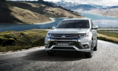 """Το 2018 Mitsubishi Outlander PHEV και το Outlander απέσπασαν το περίοπτο βραβείο """"Best 5 All-Around Performance"""" από το Αμερικανικό Automotive Science Group (ASG) στην ετήσια έρευνα 2018 Automotive Performance Index(tm) (API)*. Το Outlander επιλέχθηκε από 372 υποψήφια μοντέλα στην κατηγορία SUV. Η έρευνα καταγράφει ότι και τα δύο οχήματα προσφέρουν εξαιρετικές επιδόσεις και αξία, υπερέχοντας κατά 22% έναντι ενός μέσου SUV. Με την Αμερικανική έκδοση του Outlander PHEV να προσφέρει πλήρως ηλεκτρική αυτονομία 22 μιλίων και 74 MPG-e κατ' εκτίμηση του Υπουργείου Προστασίας Περιβάλλοντος (EPA), το plug-in υβριδικό μοντέλο συνδυάζει τις ανώτερες επιδόσεις και την απόδοση ενός EV με την πρακτικότητα ενός crossover. Το επταθέσιο αδελφάκι του, το 2018 Outlander, προσφέρει 30 MPG στον αυτοκινητόδρομο σύμφωνα με υπολογισμούς του ΕΡΑ, αποκαλύπτοντας νέες προοπτικές για βελτίωση της απόδοσης και μείωση του κόστους καυσίμου στην κατηγορία SUV. Το ASG είναι ένα ερευνητικό group που βασίζεται σε αντικειμενικά δεδομένα, το οποίο ιδρύθηκε από την συμβουλευτική εταιρία περιβαλλοντικής πολιτικής Eco-innovations, LLC. Το βραβείο """"Best 5 All-Around Performance"""" του ASG απονέμεται στα καλύτερα πέντε αυτοκίνητα κάθε κατηγορίας που - σύμφωνα με την κρίση του οργανισμού – έχουν συγκεντρώσει τα υψηλότερα σκορ στους τομείς προστασία περιβάλλοντος, οικονομία και κοινωνική ευαισθησία. *Για περισσότερες πληροφορίες σχετικά με την έρευνα API: https://www.automotivescience.com/pages/2018-study"""
