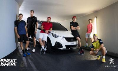 """H Peugeot από τις 27 Μαΐου έως τις 10 Ιουνίου 2018 θα βρίσκεται για ακόμη μια φορά στα παρασκήνια ενός από τα δημοφιλέστερα τουρνουά στον κόσμο, του Roland Garros στο Παρίσι, το οποίο υποστηρίζει εδώ και 35 συναπτά έτη. Με τα Peugeot SUV 3008 και 5008 θα μεταφέρονται όλοι οι VIP, οι δημοσιογράφοι και φυσικά οι έντεκα διεθνούς φήμης παίκτες, ο Lucas Pouill, o Gilles Simon και ο Jeremy Chardy από τη Γαλλία, ο Alexander Zverev από τη Γερμανία, ο Pablo Carreno, David Ferrer και Fernando Verdasco από την Ισπανία, ο Jamie Murray από το Ηνωμένο Βασίλειο και οι Juan Martin del Porto, Leonardo Mayer και Diego Schwartzman για λογαριασμό της Αργεντινής. Με το Roland Garros η Peugeot εγκαινιάζει μία διεθνή έντυπη και digital διαφημιστική καμπάνια, την οποία μπορεί κανείς να απολαύσει στο www.peugeot.com. Μάλιστα, επαναλαμβάνει την εμπειρία «Ο δρόμος για το Roland Garros"""", στην οποία οι παίκτες και παγκόσμιοι εκπρόσωποι του τένις, οδηγούνται με τη σειρά στο νέο Peugeot SUV 5008, ενώ παράλληλα απαντούν στις ερωτήσεις του Sandy Heribert, γνωστού αθλητικογράφου (www.youtube.com/user/ROADTOROLANDGARROS). Τέλος, το Peugeot 108 TOP θα βρίσκεται στο τουρνουά εξατομικευμένο βάσει των αναγκών του τουρνουά με κεντημένο το λογότυπο του Roland Garros στα καθίσματα. Επιπλέον, οι επισκέπτες του Roland Garros θα έχουν την ευκαιρία να θαυμάσουν το νέο Peugeot 508, το οποίο θα λανσαριστεί στην Ευρώπη τον προσεχή Σεπτέμβριο. Συνολικά, ή όλη διοργάνωση επιφυλάσσει εντυπωσιακές εκπλήξεις και επιτυγχάνει - με τη συμβολή της Peugeot - μία σύζευξη μεταξύ του υψηλού επιπέδου αθλητισμού και της sport εκδοχής της πολυτελούς γαλλικής μάρκας."""