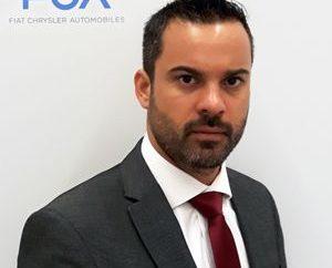 FCA Greece, θυγατρική του ομίλου Fiat Chrysler Automobiles (FCA) που εκπροσωπεί τις ιταλικές μάρκες Fiat, Alfa Romeo, Abarth και Fiat Professional στην ελληνική αγορά, με ιδιαίτερη χαρά ανακοινώνει την ένταξη του κ. Ιάκωβου Κρομμύδα στο Διοικητικό δυναμικό της εταιρείας, αναλαμβάνοντας τα καθήκοντα του Διευθυντή Δημοσίων Σχέσεων. Ο κ. Κρομμύδας διαθέτει 12ετή εμπειρία στον κλάδο του αυτοκινήτου, με τα 7 τελευταία χρόνια να έχει την ευθύνη του τομέα των δημοσίων σχέσεων σε εταιρείες της Ελληνικής αγοράς. Ο νέος Δ/ντης Δημοσίων Σχέσεων έχει σπουδάσει Transport Design στο University of Huddersfield με μεταπτυχιακές σπουδές στα European Logistics, Transport and Distribution στο πανεπιστήμιο του Westminster και το Norwegian School of Logistics στο Molde University.