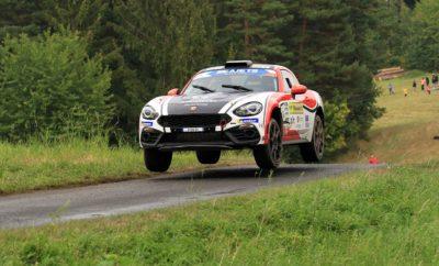 Με τη νίκη στην κατηγορία R-GT, στο Barum Czech Rally στην Τσεχία, οι Raphael Astier και Frédéric Vauclaire της Team Milano Racing εξασφάλισαν τον Παγκόσμιο Τίτλο, ένα αγώνα πριν το τέλος της σεζόν. Παράλληλα τη 2η θέση -επίσης με Abarth 124 rally- κατέκτησε ο Simone Tempestini, της ομάδας Bernini Rally, ο οποίος διεκδικεί τον Ευρωπαϊκό τίτλο. Έναν αγώνα πριν την ολοκλήρωση του παγκόσμιου πρωταθλήματος FIA R-GT, οι Γάλλοι Raphael Astier και Frédéric Vauclaire, της ομάδας Team Milano Racing εξασφάλισαν τον τίτλο, νικώντας με το Abarth 124 rally στο Barum Czech Rally. Με τρεις νίκες στους τρεις αγώνες που πήραν μέρος, το γαλλικό πλήρωμα πάει με τον αέρα του πρωταθλητή στον τελευταίο αγώνα που θα πραγματοποιηθεί στην Ελβετία στις 18-20 Οκτωβρίου, επιβεβαιώνοντας με τον καλύτερο τρόπο την ανωτερότητα του Abarth 124 στην κατηγορία. Το Abarth 124 αποτελεί ένα από τα πιο απολαυστικά, αλλά και αποτελεσματικά σπορ αυτοκίνητα που εντυπωσιάζει με το στιλ, το δυναμισμό, αλλά και το οδηγικό του ταμπεραμέντο. Στο Barum Czech Rally, οι Astier - Vauclaire κέρδισαν επίσης την κατηγορία των αυτοκινήτων με κίνηση στους 2 τροχούς, μπροστά από ακόμα ένα πλήρωμα με 124 rally (Simone Tempestini - Sergiu-Sebastian Itu), σε έναν αγώνα που θεωρείται ως ένας από τους πιο δημοφιλείς στο θεσμό, συγκεντρώνοντας για το 2018 121 συμμετοχές από 12 χώρες. Η βροχή κατά τη διάρκεια του αγώνα έκαναν ακόμα πιο απαιτητική, αλλά και εντυπωσιακή τη διαδρομή για τους αγωνιζόμενους και το κοινό. Στον τερματισμό ο Astier ήταν ενθουσιασμένος με το αποτέλεσμα: «Ήταν ένας τέλειος αγώνας για την ομάδα μας. Το Abarth 124 rally απέδωσε εξαιρετικά σε όλο τον αγώνα και ιδιαίτερα στη βροχή. Αυτή η νίκη εξασφαλίζει για εμάς έναν πολυπόθητο τίτλο και μία ακόμα διάκριση για την Abarth. Θα ήθελα να ευχαριστήσω την ομάδα και την Abarth που μας παρείχαν ένα αξιόπιστο και άκρως ανταγωνιστικό αυτοκίνητο.»