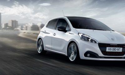 Η Peugeot εναρμονιζόμενη πλήρως με τις νέες προδιαγραφές της Ευρωπαϊκής Ένωσης σχετικά με τον τρόπο μέτρησης των CO2 υιοθετεί νέα γκάμα κινητήρων και κιβωτίων ταχυτήτων με αναβαθμισμένα τεχνικά χαρακτηριστικά. Με αυτό τον τρόπο κατατάσσεται μεταξύ των κορυφαίων της κατηγορίας από πλευράς επιδόσεων, οικονομίας καυσίμου και χαμηλών εκπομπών ρύπων (best-in-class). Ο νέος Euro 6,2 κινητήρας της γκάμας συμπίπτει και με την εμφάνιση της sport έκδοσης GT Line, η οποία θα είναι πλέον διαθέσιμη σε όλα τα μοντέλα της γκάμας, μεταξύ των οποίων και το best seller 208. 208 GT Line, aκόμα μεγαλύτερη δόση στυλ, ακόμη πιο sport Η γκάμα του νέου PEUGEOT 208 προσφέρεται σε τέσσερις εκδόσεις (Active, Allure, Allure Plus και GT Line). Η έκδοση GT Line, συνδυάζοντας το έντονα sport στοιχείο με την κομψότητα και την υψηλή αισθητική της Peugeot, διατίθεται σε κινητήρες βενζίνης και πετρελαίου.Συγκεκριμένα, διατίθεται στον PureTech 1,2 110hp, βραβευμένο ως Κινητήρα της Χρονιάς για το 2018 με χειροκίνητο και αυτόματο 6τάχυτο κιβώτιο, καθώς και στον γνωστό για την οικονομία καυσίμου και τις χαμηλές εκπομπές ρύπων κινητήρα πετρελαίου BlueHDi, ο οποίος έχει εξελιχθεί σε 1,5 lt με 100 η 130 hp και χειροκίνητο ή αυτόματο 8τάχυτο κιβώτιο ταχυτήτων. Η νέα sport έκδοση GT Line έχει στοιχεία που τονίζουν το δυναμικό χαρακτήρα του αυτοκινήτου, τόσο εξωτερικά, όσο και εσωτερικά:  Νέο λογότυπο GT Line στη μάσκα, τα πλαϊνά και το πίσω μέρος του αυτοκινήτου  Εξωτερικά καλύμματα καθρεπτών σε μεταλλικό χρώμα Μαύρη Πέρλα  Χρωμιωμένο διακοσμητικό με μονόγραμμα Peugeot με κόκκινα γράμματα στη γρίλια εισαγωγής αέρα και στην πόρτα του χώρου αποσκευών  Φυμέ κρύσταλλα στα πίσω παράθυρα και την πόρτα του χώρου αποσκευών  Επιχρωμιωμένη απόληξη εξάτμισης  Sport τιμόνι με διάτρητη δερμάτινη επένδυση απαλής υφής pleine fleur, κόκκινες ραφές και χρωμιωμένο διακοσμητικό με σατινέ φινίρισμα  Sport πεντάλ αλουμινίου  Λαβή χειροφρένου και κεντρικό υποβραχιόνιο εμπρός με επένδυση TEP με κόκκινες ραφές  Διακοσμητικά αλουμινί