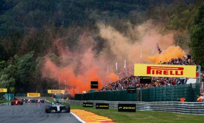 """Ο Sebastian Vettel κέρδισε για τη Ferrari με στρατηγική ενός pit stop. Εκκίνησε με την πολύ μαλακή και έβαλε τη μαλακή γόμα στη συνέχεια: όμοια στρατηγική ακολούθησαν και οι άλλοι δυο οδηγοί που ανέβηκαν στο βάθρο. Στην πραγματικότητα αυτή η στρατηγική υιοθετήθηκε απ' όλους τους οδηγούς που τερμάτισαν στις πρώτες θέσεις με αξιοσημείωτη εξαίρεση τον οδηγό της Mercedes, Valtteri Bottas, o οποίος εκκίνησε τελευταίος και τερμάτισε 4ος ακολουθώντας στρατηγική 2 αλλαγών. Ο Bottas σημείωσε και τον ταχύτερο γύρο αγώνα με τη μαλακή γόμα, σπάζοντας το περσινό ρεκόρ που είχε σημειωθεί με την πάρα πολύ μαλακή γόμα. Ο οδηγός της Mercedes τερμάτισε μπροστά από τα μονοθέσια της Force India: Αυτό ήταν ένα πολύ ενθαρρυντικό αποτέλεσμα για την ομάδα που τρέχει με νέα ονομασία μετά τα πρόσφατα θέματα που είχε. Οι οδηγοί των Renault (Carlos Sainz), McLaren (Stoffel Vandoorne) και Ferrari (Kimi Raikkonen), ήταν οι μόνοι που χρησιμοποίησαν τη μέση γόμα κατά τη διάρκεια του αγώνα. Η ροή του επηρεάστηκε από την παρουσία του αυτοκινήτου ασφαλείας λόγω σύγκρουσης στην 1η στροφή μετά την εκκίνηση. Ύστερα από τη βροχή του Σαββάτου οι συνθήκες ήταν στεγνές στον αγώνα με τη θερμοκρασία περιβάλλοντος να μην ξεπερνά τους 19 βαθμούς Κελσίου. MARIO ISOLA - ΕΠΙΚΕΦΑΛΗΣ ΑΓΩΝΩΝ ΑΥΤΟΚΙΝΗΤΟΥ """"Τα ελαστικά συμπεριφέρθηκαν πολύ καλά στις ιδιαίτερα έντονες απαιτήσεις του Spa. Η παρουσία του αυτοκινήτου ασφαλείας στην αρχή, είχε ως αποτέλεσμα να μεγαλώσει το πρώτο μέρος αγώνα. Οι περισσότεροι οδηγοί κατάφεραν να προσαρμόσουν ανάλογα το ρυθμό τους, ώστε να βγάλουν τον αγώνα με μια αλλαγή. Ο Valtteri Bottas έκανε μια διαφορετική επιλογή. Εκκινούσε τελευταίος και μετά από δυο αλλαγές τερμάτισε τέταρτος. Πραγματοποίησε δε ένα μεγάλο μεσαίο μέρος με την πολύ μαλακή γόμα. Τώρα πάμε στον εντός έδρας αγώνα για μας, στη Monza το ερχόμενο Σαββατοκύριακο. Για εκεί έχουμε κάνει την ίδια ακριβώς επιλογή ελαστικών."""" ΚΑΛΥΤΕΡΟΣ ΧΡΟΝΟΣ ΑΝΑ ΓΟΜΑ Sainz 1m51.537s Bottas 1m46.286s Hamilton 1m48.208s Vandoorne 1m51.752s Vettel 1m46"""