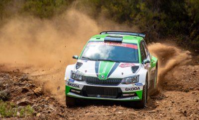 Η SKODA εξασφαλίζει το πρωτάθλημα της WRC 2 στην Τουρκία • Τέταρτος συνεχόμενος τίτλος για τη SKODA Motorsport στην κατηγορία WRC 2 στο Παγκόσμιο Πρωτάθλημα Ράλλυ, με τη σημερινή νίκη της στο Ράλλυ Τουρκίας • Οι Κοπέτσκυ / Ντρέσλερ κατέκτησαν την 1η θέση στη WRC 2 στην Τουρκία, στο τιμόνι μιας SKODA Fabia R5 • Η SKODA αναδείχθηκε η πιο ισχυρή μάρκα στο Ράλλυ Τουρκίας, με τρία Fabia R5 να τερματίζουν στην πρώτη δεκάδα, απέναντι σε πολύ ισχυρά αυτοκίνητα του WRC Ένα από τα πιο σκληρά ράλλυ των τελευταίων ετών, το εφετινό Ράλλυ Τουρκίας, ολοκληρώθηκε με θριαμβευτικό αποτέλεσμα για τη SKODA. Οι Γιαν Κοπέτσκυ / Πάβελ Ντρέσλερ (Jan Kopecký / Pavel Dresler) κατέκτησαν την 1η θέση στη WRC 2 με τη Fabia R5 ενώ η SKODA Motorsport εξασφάλισε το πρωτάθλημα, για 4η συνεχή χρονιά, με τρεις ακόμα αγώνες να απομένουν. Το Ράλλυ Τουρκίας εξελίχθηκε σε πραγματικό θρίαμβο για τη SKODA, αφού σε ένα αγώνα που σχεδόν όλα τα μεγάλα ονόματα ταλαιπωρήθηκαν ή εγκατέλειψαν, οι Fabia R5 επέδειξαν αξιοθαύμαστη αξιοπιστία και αντοχή σε συνδυασμό με ταχύτητα – κάτι που μαρτυρά και το τελικό πλασάρισμα τριών Fabia R5 στην πρώτη δεκάδα! To Ράλλυ Τουρκίας είχε πολλές εναλλαγές συναισθημάτων για την SKODA Motorsport, καθώς μετά την εγκατάλειψη των Πόντους Τίντεμαν / Γιόνας Άντερσον (Pontus Tidemand / Jonas Andersson) οι Κοπέτσκυ / Ντρέσλερ έπρεπε να καλύψουν το έδαφος που έχασαν από δύο εξόδους τους την Παρασκευή και από προβλήματα στη μετάδοση το Σάββατο. Τελικά, όπως συνέβη και στα άλλα ράλλυ της τρέχουσας σαιζόν που συμμετείχαν, μετά από συνεχή αντεπίθεση και σταθερά γρήγορο ρυθμό κέρδισαν την WRC 2 και έκαναν ένα μεγάλο βήμα προς την κατάκτηση του τίτλου και στους οδηγούς. Πλέον, μόνο το άλλο πλήρωμα της SKODA Motorsport, οι Τίντεμαν / Άντερσον έχουν ακόμα μαθηματικές ελπίδες να τους ξεπεράσουν και να κατακτήσουν αυτοί τον τίτλο. Βαθμολογία WRC 2 (μετά από 10 από τους 13 αγώνες) 1. Jan Kopecký (CZE) ŠKODA, 125 points 2. Pontus Tidemand (SWE), ŠKODA, 93 points 3. Gus Greensmith (GBR), Ford, 55 poin