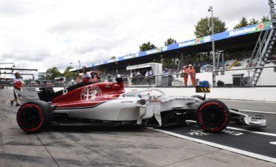"""Το Ευρωπαϊκό μέρος αγώνων της φετινής σεζόν ολοκληρώθηκε με το Ιταλικό Grand Prix στις αρχές του μήνα. Τώρα η Alfa Romeo Sauber F1 Team οδεύει προς τη Σιγκαπούρη για τον πρώτο από τους μακρινούς αγώνες. Το Grand Prix Σιγκαπούρης είναι ένας από τους πιο δημοφιλείς αγώνες στο πρόγραμμα. Προσφέρει γκλάμουρ και δράση στους θεατές και στις ομάδες. Ο αγώνας διεξάγεται νύχτα, με υψηλές τιμές θερμοκρασίας και υγρασίας που συνθέτουν μια μοναδική πρόκληση για τους οδηγούς. Ο Marcus Ericsson ανυπομονεί να βρεθεί σε μια από τις αγαπημένες του πίστες ενώ ο πρωτάρης Charles Leclerc θα οδηγήσει για πρώτη φορά στην καριέρα του, στους δρόμους της Μαρίνα Μπέι. Marcus Ericsson (μονοθέσιο Νο 9): """"Το Grand Prix της Σιγκαπούρης είναι ένα από τα highlight της σεζόν. Πιθανόν πρόκειται για την πιο εντυπωσιακή πίστα καθώς βρίσκεται στο κέντρο της πόλης και ο αγώνας είναι νυχτερινός. Παράλληλα είναι ένας από τους πιο σκληρούς αγώνες της χρονιάς με ακραία ζέστη και υγρασία που αποτελούν πρόκληση για μας τόσο σωματικά όσο και ψυχικά. Ως ομάδα αδημονούμε ν' ανακάμψουμε μετά από ένα δύσκολο Σαββατοκύριακο στην Ιταλία και είμαστε αποφασισμένοι να δώσουμε μάχη για ένα καλό αποτέλεσμα. Ανυπομονώ να οδηγήσω στη Σιγκαπούρη."""" Charles Leclerc (μονοθέσιο Νο 16): """"Η πίστα στη Σιγκαπούρη είναι εντελώς νέα για μένα. Έχω οδηγήσει την πίστα στον προσομοιωτή αλλά θα είναι ιδιαίτερη εμπειρία να οδηγήσω εκεί, στην πραγματικότητα. Επίσης θα είναι ο πρώτος μου νυχτερινός αγώνας, αυτό με συναρπάζει. Ανυπομονώ πολύ γι' αυτό. Είναι ένα από τα πιο προβεβλημένα και δημοφιλή Grand Prix στο πρόγραμμα θα χαρώ να συναντήσω τους φιλάθλους εκεί. Η διαδρομή δείχνει ενδιαφέρουσα και ο παλμός της πόλης το ίδιο, δε βλέπω την ώρα να ξεκινήσει το αγωνιστικό τριήμερο."""" Δεδομένα πίστας: Το Grand Prix της Σιγκαπούρης είναι ο δεύτερος νυχτερινός αγώνας στη σεζόν. Η πίστα έχει 23 στροφές, περισσότερες από κάθε άλλη πίστα στο πρόγραμμα. Επίσης όλες οι στροφές είναι αργές. Είναι πολύ υψηλή η πιθανότητα εμφάνισης αυτοκινήτου ασφαλείας. Η """