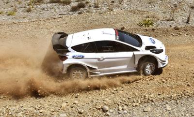 Η M-Sport Ford ολοκλήρωσε ένα τετραήμερο δοκιμών σε κλασσικές «ακροπολικές» Ειδικές Διαδρομές -στη Λιβαδειά, στην Καλοσκοπή, στις Καρούτες και στο Ρεγγίνι- στο πλαίσιο της προετοιμασίας της για το Ράλλυ Τουρκίας (13-16/09), τον 10ο γύρο του φετινού Παγκοσμίου Πρωταθλήματος Ράλλυ. Ήταν η πρώτη φορά μετά το 2013 που βρέθηκε στην Ελλάδα αυτοκίνητο προδιαγραφών WRC, και φυσικά η πρώτη φορά που δοκιμάστηκε στα ελληνικά χώματα World Rally Car της νέας γενιάς που ξεκίνησε το 2017. Τις δύο πρώτες μέρες στa μπάκετ βρισκόταν ο Elfyn Evans με τον Daniel Barritt, και τις δύο τελευταίες ο Sebastien Ogier με τον Julien Ingrassia. Η παρουσία της ισχυρότερης και ταχύτερης γενιάς WRCars μετά τα Group B της δεκαετίας του 1980, η παρουσία του παγκόσμιου πρωταθλητή Ράλλυ των τελευταίων πέντε ετών Ogier, και αναμφίβολα η νοσταλγία για τις εποχές που το Ράλλυ Ακρόπολις περιλαμβάνονταν στο Παγκόσμιο Πρωτάθλημα, ήταν οι βασικοί λόγοι που οδήγησαν σημαντικό πλήθος θεατών στα βουνά της κεντρικής Στερεάς Ελλάδας αυτή την εβδομάδα. Νωρίτερα, αυτό το καλοκαίρι, την Ελλάδα επισκέφτηκαν και οι Volkswagen Motorsport και Skoda Motorsport, για δοκιμές εξέλιξης των Polo και Fabia προδιαγραφών R5.