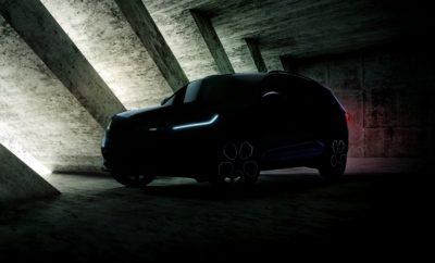 """Πρεμιέρα για το νέο SKODA KODIAQ RS στο Παρίσι • Η SKODA παρουσιάζει την πρώτη RS έκδοση ενός SUV της, στο Σαλόνι Αυτοκινήτου στο Παρίσι • Το KODIAQ RS θα είναι τετρακίνητο, με προηγμένο πετρελαιοκινητήρα 240 ίππων με διπλό turbo • Στο στάνταρ εξοπλισμό ψηφιακός πίνακας οργάνων Virtual Cockpit και hi-tech LED φώτα • Ο ήχος του κινητήρα ακόμα πιο έντονα σπορ χάρη στο σύστημα ενίσχυσης Dynamic Sound Boost • Το πρώτο μοντέλο της SKODA που θα φέρει το νέο λογότυπο «RS» Το νέο SKODA KODIAQ RS θα κάνει την παγκόσμια πρεμιέρα του στο επερχόμενο Σαλόνι Αυτοκινήτου στο Παρίσι. Πρόκειται για το πρώτο SUV της SKODA που παρουσιάζεται σε RS έκδοση. Η οικογένεια RS της SKODA περιλαμβάνει όλα τα μοντέλα που έχουν πιο σπορ DNA και χαρακτηρίζονται από την ταχύτητα, τις επιδόσεις και τη δυναμική οδήγηση που προσφέρουν. Ξεχωρίζουν από τις αγωνιστικές τους καταβολές, καθώς η μάρκα έχει εμπλοκή σε διάφορες μορφές motorsport για περισσότερο από 117 χρόνια! Το νέο KODIAQ RS, με μόνιμη τετρακίνηση, θα διατίθεται και ως 7θέσιο ενώ θα «φορά» ένα τετρακύλινδρο, δίλιτρο κινητήρα diesel, με διπλό turbo, ο οποίος θα αποδίδει 240 ίππους με τη μέγιστη ροπή να φτάνει τα 500 Nm. Πρόκειται για τον ισχυρότερο κινητήρα diesel που έχει παρουσιάσει ποτέ η SKODA! Το video που έδωσε στη δημοσιότητα η SKODA ( https://www.skoda-storyboard.com/r/KODIAQ-RS-video ), όπου πρωταγωνιστεί το KODIAQ RS στη σπορ απόχρωση Race Blue, προσφέρει μία πρόγευση του hi-tech συστήματος φώτων LED και του ψηφιακού πίνακα οργάνων Virtual Cockpit που θα έχει το νέο KODIAQ RS στο βασικό εξοπλισμό του. Μάλιστα, ο παραμετροποιήσιμος πίνακας οργάνων θα έχει και μία 5η επιλογή οθόνης, με την ένδειξη """"Sport"""", που συμπληρώνει ιδανικά το δυναμικό χαρακτήρα του μοντέλου. Στο νέο KODIAQ RS η SKODA παρουσιάζει για πρώτη φορά σε μοντέλο της το Dynamic Sound Boost. Πρόκειται για ένα εξελιγμένο σύστημα που χρησιμοποιεί δεδομένα από την ηλεκτρονική μονάδα ελέγχου του αυτοκινήτου και μεταβάλει ή ενισχύει τον ήχο του κινητήρα ανάλογα με το πρόγρα"""