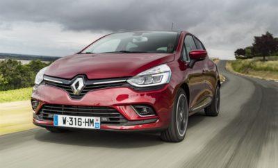 Το πλουσιότερο Renault CLIO, τώρα πιο προσιτό από ποτέ Η κορυφαία έκδοση Dynamic του αγαπημένου Renault CLIO που εξοπλίζεται με τον σύγχρονο turbo βενζινοκινητήρα Energy 0.9 TCe 75hp, τώρα με τιμή 12.980€. Το Renault CLIO αποτελεί ένα από τα πιο εμβληματικά μοντέλα της σύγχρονης αυτοκίνησης. Με 28 χρόνια ιστορίας και πάνω από 13.000.000 αυτοκίνητα στους δρόμους, η 4η γενιά του CLIO παραμένει φρέσκια και επίκαιρη, συνεχίζοντας να οδηγεί την Renault στις κορυφαίες θέσεις των πωλήσεων πανευρωπαϊκά. Οι αξίες που το φέρνουν στην κορυφή είναι αδιαμφισβήτητες. Πρόκειται για το μοντέλο που μεταφέρει με τον πιο χαρισματικό τρόπο τις οδηγικές αξίες της γαλλικής σχολής της Renault, συνδυάζοντας αρμονικά την κορυφαία άνεση με την οδηγοκεντρική αίσθηση στην οδήγηση. Η νέα σχεδιαστική γλώσσα της Renault, δημιούργημα του Laurens van den Acker, έχει βρει στο CLIO την ιδανική έκφρασή της, σε ένα αποτέλεσμα διαχρονικά μοντέρνο και ελκυστικό. Η τεχνολογία αποτελεί ξεχωριστό κεφάλαιο για το CLIO, αφού αποτυπώνεται τόσο στον εξοπλισμό του, όσο και στους κινητήρες του. Η κορυφαία έκδοση Dynamic είναι αυτή που συμπυκνώνει με τον καλύτερο τρόπο την τεχνολογική αρτιότητα του γαλλικού best seller. O εξοπλισμός της έκδοσης Dynamic περιλαμβάνει, μεταξύ άλλων, κάρτα Renault Hands Free, αυτόματο κλιματισμό, ζάντες αλουμινίου, εμπρός και πίσω αισθητήρες παρκαρίσματος, σύστημα πλοήγησης με οθόνη 7 ιντσών, κάμερα οπισθοπορείας και προβολείς Full LED Pure Vision. Τώρα, η κορυφαία και πιο δημοφιλής έκδοση Dynamic του Renault CLIO είναι διαθέσιμη, για πρώτη φορά, με τιμή μόλις 12.980€, εξοπλισμένη με τον σύγχρονο turbo βενζινοκινητήρα, Energy 0.9 TCe των 75 ίππων. Ο κινητήρας Energy 0.9 TCe, αποτελεί έναν από τους πιο εξελιγμένους υπερτροφοδοτούμενους βενζινοκινητήρες νέας γενιάς. Εφοδιασμένος με μία σειρά προηγμένων τεχνολογιών που έχουν εξελιχθεί μέσα από την επιτυχημένη εμπλοκή της Renault με τη Formula 1, προσφέρει σημαντικά οφέλη στην καθημερινή χρήση. Η χρήση turbo σε συνδυασμό με το συνολικό σχ