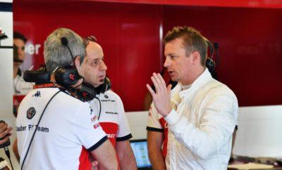 Η Alfa Romeo Sauber F1 Team, ολοκλήρωσε την πρώτη μέρα δοκιμών εξέλιξης στο Άμπου Ντάμπι, με τον Kimi Raikkonen στο κόκπιτ της Sauber C37. Ο Φινλανδός οδηγός συμπλήρωσε 102 γύρους κατά τη διάρκεια της ημέρας και εξοικειώθηκε με το μονοθέσιο και τα συστήματα λειτουργίας της ομάδας. Το πρόγραμμα επικεντρώθηκε σε δοκιμές ελαστικών για το 2019 όπως και σε διάφορες γόμες της φετινής γκάμας. Με τις πληροφορίες του Raikkonen και τη συλλογή δεδομένων η ομάδα απέκτησε ένα καλό σημείο αναφοράς για την προετοιμασία της νέας σεζόν. Η τελευταία προσπάθεια ολοκληρώθηκε λίγα λεπτά πριν τη λήξη του προγράμματος χωρίς να περιορίσει την υλοποίησή του. Η αιτία που συνέβη αυτό διερευνάται. Σήμερα, δεύτερη μέρα δοκιμών εξέλιξης στη Γιας Μαρίνα θα οδηγήσει ο Antonio Giovinazzi. Πίστα: Γιάς Μαρίνα / 5.554 km Οδηγός: Kimi Räikkönen Καιρός: ήλιος, στεγνό, αέρας 24-26°C, οδόστρωμα 28-41°C Σασί/ μηχανή: C37-01 / Ferrari Γύροι: 102, 566,508 km Ταχύτερος γύρος: 1:39.878 (2019 εξαιρετικά μαλακή γόμα)