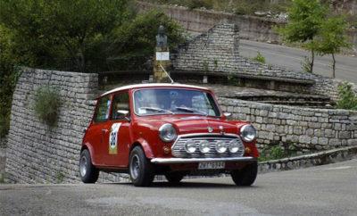Το Αττικό Regularity Rally θα κλείσει το Πανελλήνιο Πρωτάθλημα Regularity Ιστορικών αυτοκινήτων 2018 και θα αναδείξει τους φετινούς πρωταθλητές Ελλάδας την Κυριακή 9 Δεκεμβρίου, σε ορισμένες από τις ομορφότερες διαδρομές της Ατικής. Ο αγώνας, που διοργανώνεται από το Σωματείο Artemis, θα λάβει εκκίνηση από το Παναθηναϊκό Στάδιο στο κέντρο της Αθήνας. Στη συνέχεια, οι αγωνιζόμενοι θα κινηθούν προς τον Υμηττό, έπειτα προς το Μαραθώνα, και θα τερματίσουν στη Νέα Μάρκη. Μείνετε συντονισμένοι για περισσότερες πληροφορίες, καθώς πλησιάζει η ημερομηνία του αγώνα!