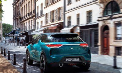 Απευθείας «σύνδεση» με το Σαλόνι Αυτοκινήτου του Παρισιού αποτελεί η παρουσία του νέου DS 3 CROSSBACK στην Έκθεση «ΑΥΤΟΚΙΝΗΣΗ ΕΚΟ 2018» που θα πραγματοποιηθεί και φέτος στο Ολυμπιακό Ακίνητο Ξιφασκίας (πρώην Δυτικό Αεροδρόμιο Ελληνικού) από τις 10 έως τις 18 Νοεμβρίου. Αυτή θα είναι η επίσημη πρώτη πανελλήνια εμφάνιση του νέου μοντέλου της DS AUTOMOBILES. Το DS 3 CROSSBACK είναι ένα αυτοκίνητο που μπορεί να καλύψει με χαρακτηριστική άνεση μεγάλες αποστάσεις, προσφέροντας κορυφαία ποιότητα και πληρέστατο εξοπλισμό. Στα τεχνολογικά προτερήματά του, βρίσκουμε εφαρμογές που κάνουν τη διαφορά στην απαιτητική κατηγορία, δίνοντας στο DS 3 CROSSBACK πολλά και ενδιαφέροντα στοιχεία για να ξεχωρίζει. Η αίσθηση της εκλεπτυσμένης άνεσης και ο πλήρης εξοπλισμός ασφαλείας, καθιστούν το στυλάτο DS 3 CROSSBACK ακόμα πιο ελκυστικό για όσους αναζητούν από το αυτοκίνητό τους, δυναμισμό και κομψότητα. Οι επισκέπτες της έκθεσης «ΑΥΤΟΚΙΝΗΣΗ ΕΚΟ 2018» θα μπορούν να πάρουν μια πρώτη γεύση από την κορυφαία άνεση που προσφέρει στους επιβάτες του, το νέο DS 3 CROSSBACK, καθώς η ιδιαίτερη αυτή αρετή του, ξεκινά από τα καθίσματα. Αγκαλιάζουν το σώμα του οδηγού αλλά και του κάθε επιβάτη ξεχωριστά, με την ποιοτική δερμάτινη επένδυσή τους και τον καινοτόμο αφρό υψηλής πυκνότητας, ενώ προσφέρουν λειτουργίες μασάζ, αλλά και ηλεκτρικών ρυθμίσεων. Η εξαιρετική μόνωση NVH για θόρυβο και κραδασμούς, φροντίζει με τη σειρά της για τα εξαιρετικά υψηλά επίπεδα ακουστικής άνεσης, ενώ χάρη στη νέα πλατφόρμα του νέου DS 3 CROSSBACK, κορυφαία είναι και τα οδηγικά χαρακτηριστικά που κάνουν το νέο μοντέλο να ξεχωρίζει. Αξίζει να σημειώσουμε πως οι μηχανικοί της DS Automobiles ένωσαν τις δυνάμεις τους με τη γαλλική εταιρεία FOCAL για να κατασκευάσουν το υψηλής ποιότητας σύστημα ήχου του DS 3 CROSSBACK. Με την υπογραφή ELECTRA® στο σχετικό σύστημα, η συνεργασία DS - FOCAL είχε ως αποτέλεσμα ένα σύστημα Hi-Fi με 12 τα ηχεία στις ιδανικές θέσεις για την καλύτερη δυνατή ακρόαση, με συνολική απόδοση 515 watts. Παράλληλ