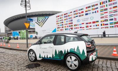Με την ευκαιρία της Συνόδου των Ηνωμένων Εθνών για την Κλιματική Αλλαγή στο Katowice, το BMW Group ανακοίνωσε ότι η εταιρία ήδη προμηθεύεται ηλεκτρική ενέργεια από ανανεώσιμες πηγές κατά 100% στην Ευρώπη. Επιπλέον, το BMW Group υπογράμμισε ότι μέχρι το 2020, η αποκλειστική χρήση πράσινης ηλεκτρικής ενέργειας θα επεκταθεί στις εγκαταστάσεις του σε όλο τον κόσμο. Το BMW Group έχει δεσμευτεί για την απεξάρτηση του τομέα μεταφορών από τον άνθρακα. Η ολιστική προσέγγιση του BMW Group στη διαχείριση ενέργειας κατά την παραγωγή και μία σαφής στρατηγική για αύξηση του αριθμού των ηλεκτρικών και plug-in υβριδικών μοντέλων σε όλες τις μάρκες και σειρές μοντέλων, συμβάλλουν σημαντικά προς αυτή την κατεύθυνση. Η συνεργασία μεταξύ των Συνόδων των Ηνωμένων Εθνών για την Κλιματική Αλλαγή και του BMW Group χρονολογείται από το 1992. Έχοντας ενεργή συμμετοχή στις συνόδους του ΟΗΕ για το κλίμα (COP) από το 2008, το BMW Group για μία ακόμα φορά θα παίξει ενεργό ρόλο στο COP 24. Της φετινής συνόδου προεδρεύει η Πολωνία και διεξάγεται στην πόλη Katowice, από 3 - 14 Δεκεμβρίου 2018. Φόρουμ Βιώσιμης Καινοτομίας 2018 . Στο COP24, το BMW Group δίνει το παρών σε διάφορες εκδηλώσεις και 'σχήματα', συμβάλλοντας με τη δύναμη και την τεχνογνωσία του σε ομιλίες και παρουσιάσεις με θέμα τη βιώσιμη ανάπτυξη. Το BMW Group για μία ακόμα φορά διετέλεσε ως κύριος χορηγός του Φόρουμ Βιώσιμης Καινοτομίας (9 και 10 Δεκεμβρίου 2018). Το Sustainable Innovation Forum (SIF), ήδη στην 9η Έκδοσή του, αποτελεί πρωταρχικό στοιχείο του UN COP, στο πλαίσιο του οποίου αναλύονται οι προκλήσεις της βιώσιμης ανάπτυξης με τη συμμετοχή κορυφαίων ονομάτων από την πολιτική αρένα, τον επιχειρηματικό κόσμο και την κοινωνία. Έμφαση σε τέσσερις βασικούς τομείς. Το Φόρουμ άνοιξε με μία ημέρα καινοτομίας για τέσσερις βασικούς τομείς: Κυκλική οικονομία, βιώσιμη μετακίνηση, μετάβαση στην καθαρή ενέργεια και χρηματοδότηση για το κλίμα. Σε συζητήσεις με νομοθέτες και επιχειρηματικούς ηγέτες καθώς και ΜΚΟ, οι εκπρόσωποι του BMW Group