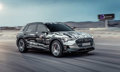 """• Η Audi μεταμορφώνει το αυτοκίνητο σε μια πλατφόρμα εμπειριών εικονικής πραγματικότητας • Το Audi e-tron προσφέρει στους πίσω επιβάτες του μέσω της εικονικής πραγματικότητας (Virtual Reality - VR) μια εξώκοσμη περιπέτεια • Συνδυασμός του VR περιεχόμενου με τις κινήσεις του αυτοκινήτου σε πραγματικό χρόνο • Πρεμιέρα του φουτουριστικού πρωτότυπου """"Marvel's Avengers: Rocket's Rescue Run"""" που έχει εξελιχθεί σε συνεργασία με την Disney, ειδικά για την CES • Μία start-up εταιρεία της Audi, η holoride, δημιουργεί μια νέα κατηγορία ψυχαγωγίας διαθέσιμη ευρέως, μέσω μιας ανοιχτής πλατφόρμας Η Audi επαναπροσδιορίζει στη CES (Consumer Electronics Show), την κορυφαία παγκόσμια έκθεση τεχνολογίας στο Las Vegas, την ψυχαγωγία εντός αυτοκινήτου (in-car entertainment). Στο μέλλον, οι επιβάτες στο πίσω κάθισμα θα μπορούν να απολαμβάνουν ταινίες, παιχνίδια βίντεο και διαδραστικό περιεχόμενο ακόμα πιο ρεαλιστικά, χρησιμοποιώντας γυαλιά εικονικής πραγματικότητας. Η premium μάρκα παρουσιάζει σε ένα e-tron μια τεχνολογία που προσαρμόζει το ψηφιακό περιεχόμενο στις κινήσεις του αυτοκινήτου σε πραγματικό χρόνο: εάν το αυτοκίνητο στρίβει σε μια δεξιά στροφή, το διαστημόπλοιο - για παράδειγμα - στο παιχνίδι εμπειρίας θα κάνει το ίδιο. Η Audi θα παρουσιάσει αυτή την εντυπωσιακή φουτουριστική τεχνολογία με το """"Marvel's Avengers: Rocket's Rescue Run"""", μια in-car εμπειρία εικονικής πραγματικότητας (VR) η οποία δημιουργήθηκε από την Disney Games and Interactive Experiences. Φορώντας γυαλιά VR οι επιβάτες στο πίσω κάθισμα του Audi e-tron μεταφέρονται σε ένα φανταστικό εξώκοσμο περιβάλλον: το Audi e-tron πλέον λειτουργεί ως ένα σκάφος επανδρωμένο από τους Φρουρούς του Γαλαξία (Guardians of the Galaxy) που κινείται μέσα σε ένα πλήθος αστεροειδών, μαζί με τους επιβάτες αλλά και μαζί με τον Rocket, ένα χαρακτήρα που θα εμφανιστεί την άνοιξη του 2019 στο Avengers: Endgame των Marvel Studios. Κάθε κίνηση του αυτοκινήτου μεταφέρεται σε πραγματικό χρόνο στο παιχνίδι εμπειρίας. Εάν το αυτοκίνητο στρίβει σ"""