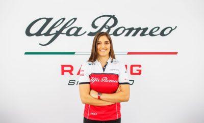 """Η Alfa Romeo Racing θα συνεχίσει τη συνεργασία της με την Tatiana Calderón, η οποία θα είναι δοκιμαστής της ομάδας για το 2019. Μετά το ντεμπούτο της το 2018 στο τιμόνι ενός μονοθεσίου της Formula 1 στο Αυτοκινητοδρόμιο Hermanos Rodriguez στο Mexico City, η Κολομβιανή οδηγός, ολοκλήρωσε λίγες εβδομάδες αργότερα δύο ακόμα ημέρες δοκιμών στην πίστα του Fiorano. Η Tatiana εντυπωσίασε την ομάδα με τη προσήλωση της και θα συνεχίσει να εξελίσσει τις οδηγικές της ικανότητες οδηγώντας το μονοθέσιο της ομάδας και το 2019. Ο Frédéric Vasseur, επικεφαλής της ομάδας Alfa Romeo Racing και CEO της Sauber Motorsport AG δήλωσε: """"Είμαστε στην ευχάριστη θέση να ανακοινώσουμε τη συνέχιση της συνεργασίας μας με την Tatiana Calderón ως δοκιμαστή της ομάδας. Έχουμε εντυπωσιαστεί από την επιμονή, την προσήλωση και τις ικανότητες της. Με την πρώτη ευκαιρία που της δόθηκε να οδηγήσει ένα μονοθέσιο της Formula 1, απέδειξε ότι μπορεί να έχει πολύ καλή απόδοση και εξελίχθηκε σε ένα πολύτιμο μέλος της ομάδας μας. Θα εργαστούμε μαζί για να εξελίξουμε τις οδηγικές ικανότητες της Tatiana και την απόδοση της Alfa Romeo Racing."""" Η Tatiana Calderón, δοκιμαστής της Alfa Romeo Racing δήλωσε: Romeo Racing. Η ομάδα έχει εξελιχθεί σημαντικά και είναι πραγματικά ένα προνόμιο να εργάζεσαι δίπλα σε τόσο έμπειρους ανθρώπους. Μου έδωσαν την πρώτη μου ευκαιρία να οδηγήσω ένα μονοθέσιο της Formula 1 και χαίρομαι ιδιαίτερα που είμαι μέλος της ομάδας. Ελπίζω ότι θα μπορέσουμε να πετύχουμε πολύ σημαντικά πράγματα στο προσεχές μέλλον. Θα ήθελα να ευχαριστήσω τον Fréderic Vasseur και την Alfa Romeo Racing που πίστεψαν σε εμένα και συνεχίζουμε μαζί αυτό το όμορφο ταξίδι. """""""
